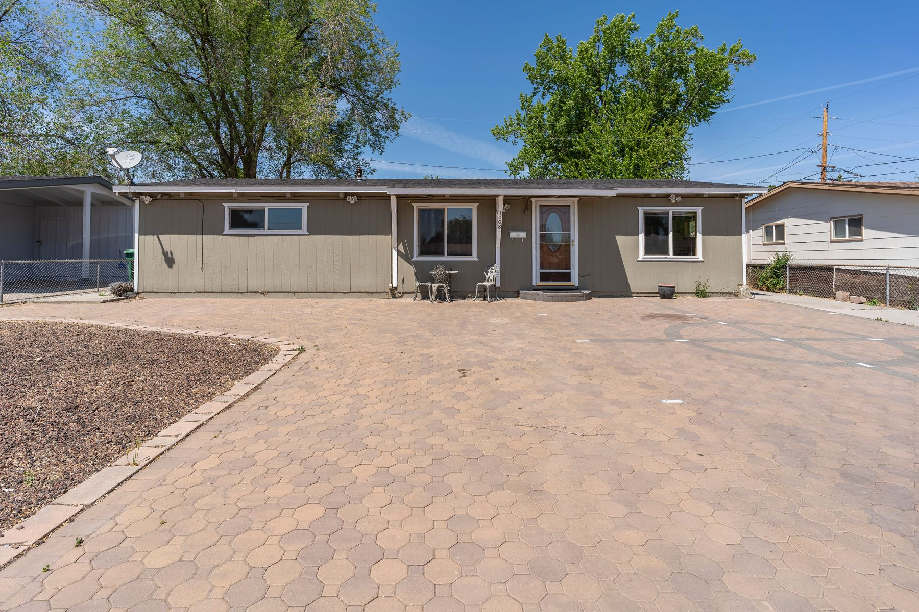 Single Family Homes for Sale at Nestled back in old Sparks 1008 Russel Way Sparks, Nevada 89431 United States