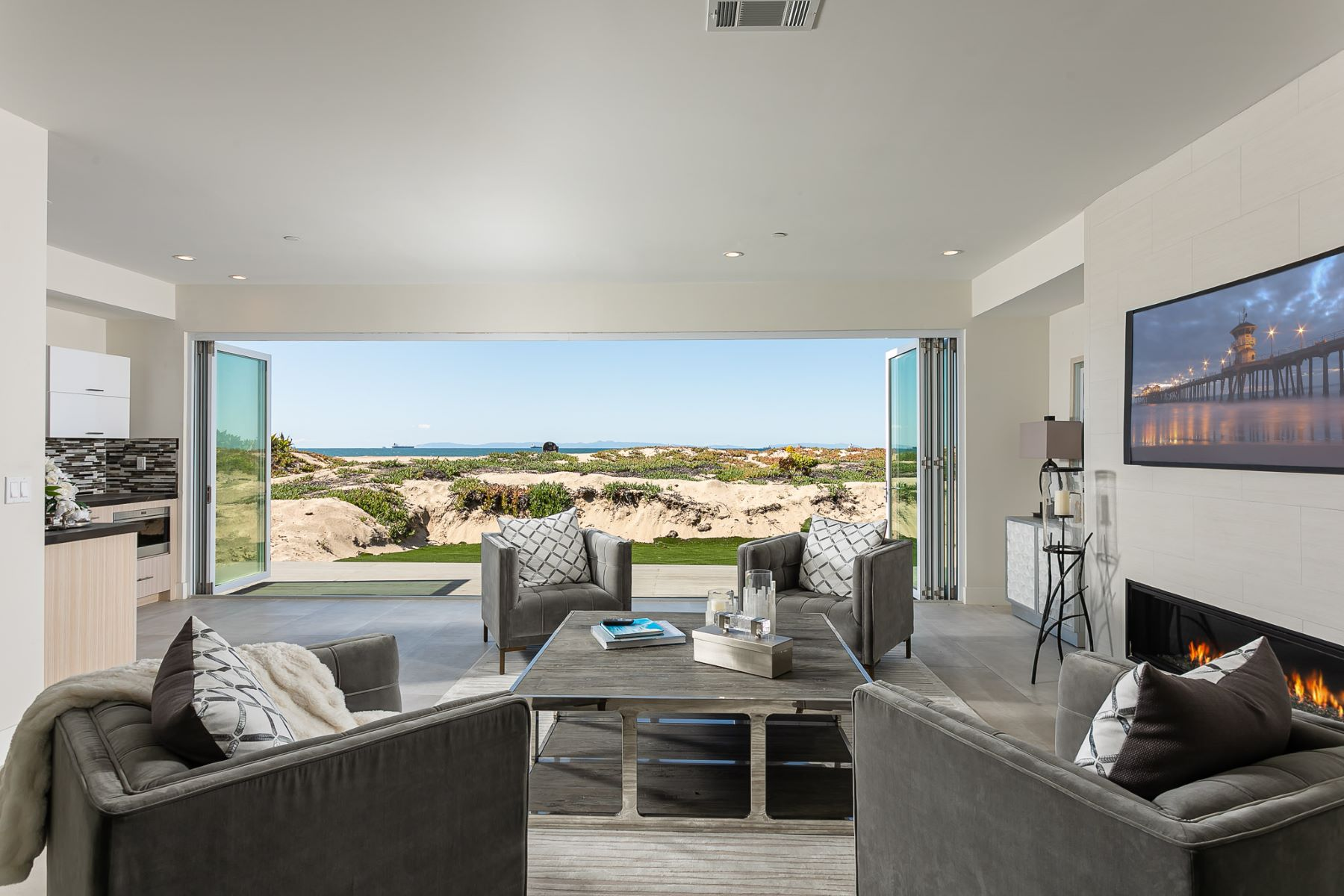 Single Family Homes for Active at 16475 S Pacific Sunset Beach, California 90742 United States