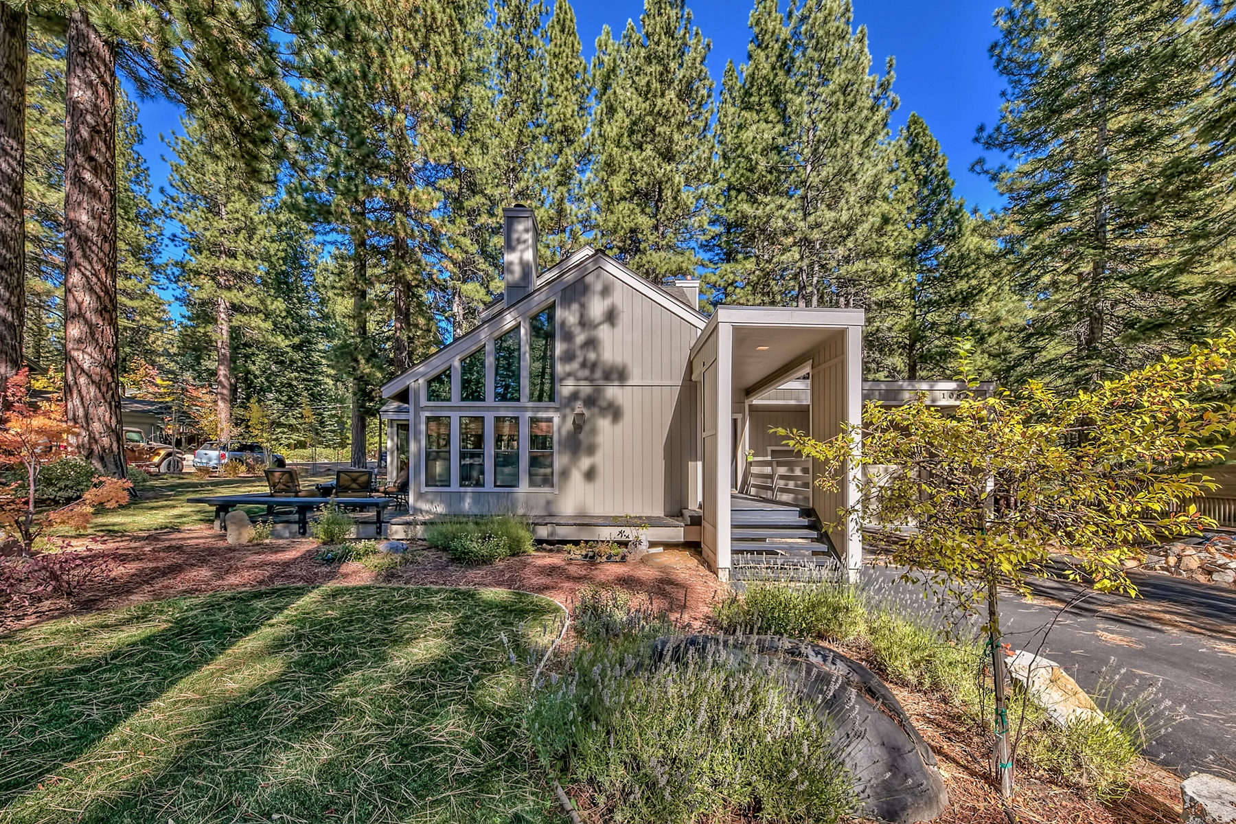 Single Family Home for Active at 1082 Flume Road, Incline Village, Nevada 1082 Flume Road Incline Village, Nevada 89451 United States