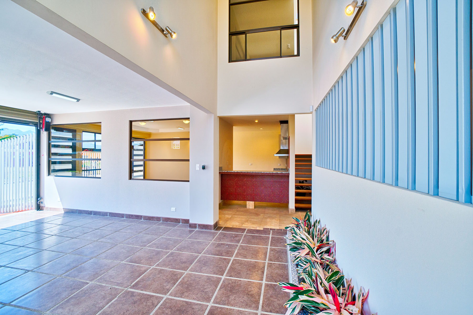 Additional photo for property listing at Quizarco Contemporaneo II Santo Domingo, Heredia Costa Rica