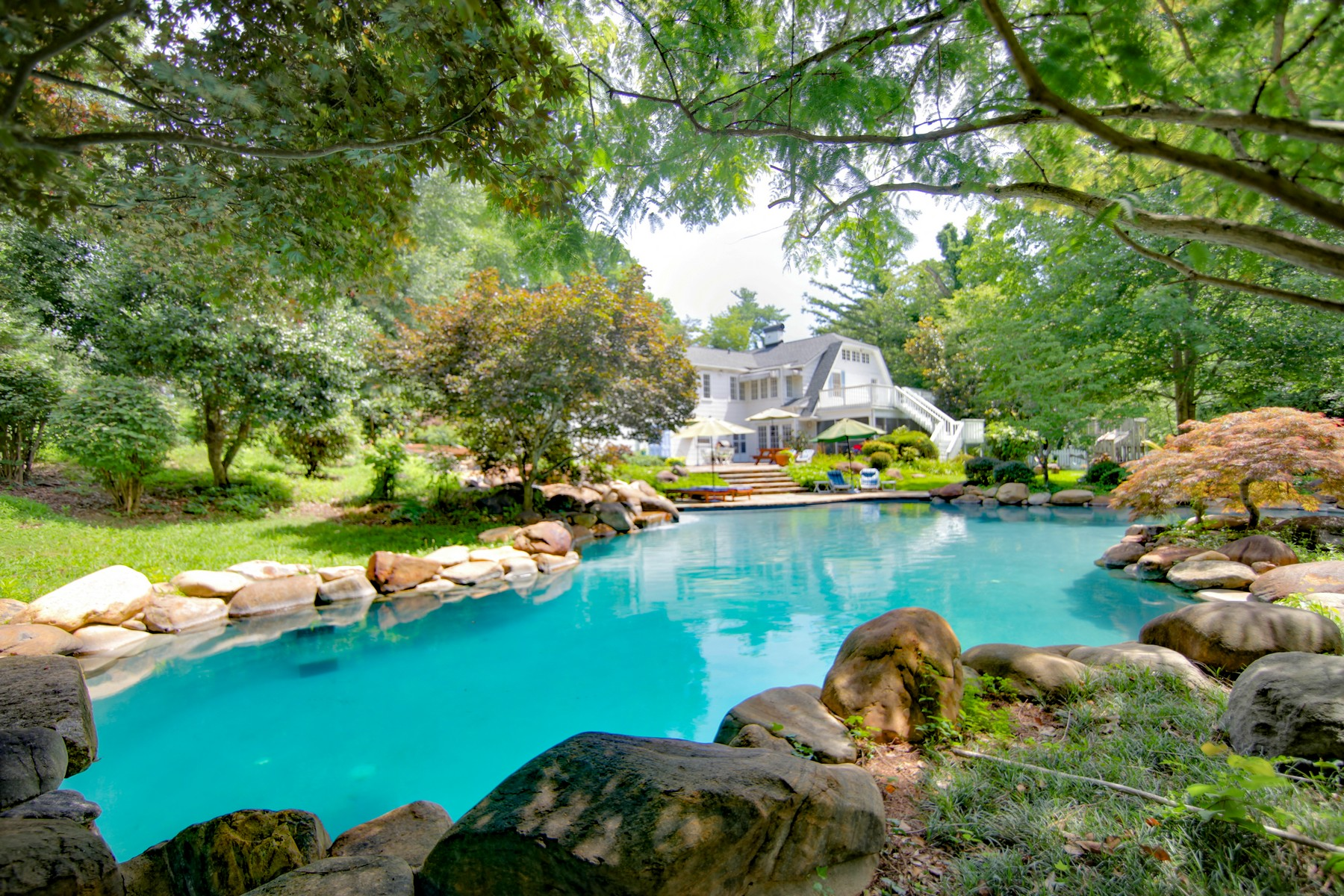 Single Family Homes for Active at 609 N. Washington Street in Rutherfordton, NC 609 N. Washington Street Rutherfordton, North Carolina 28139 United States