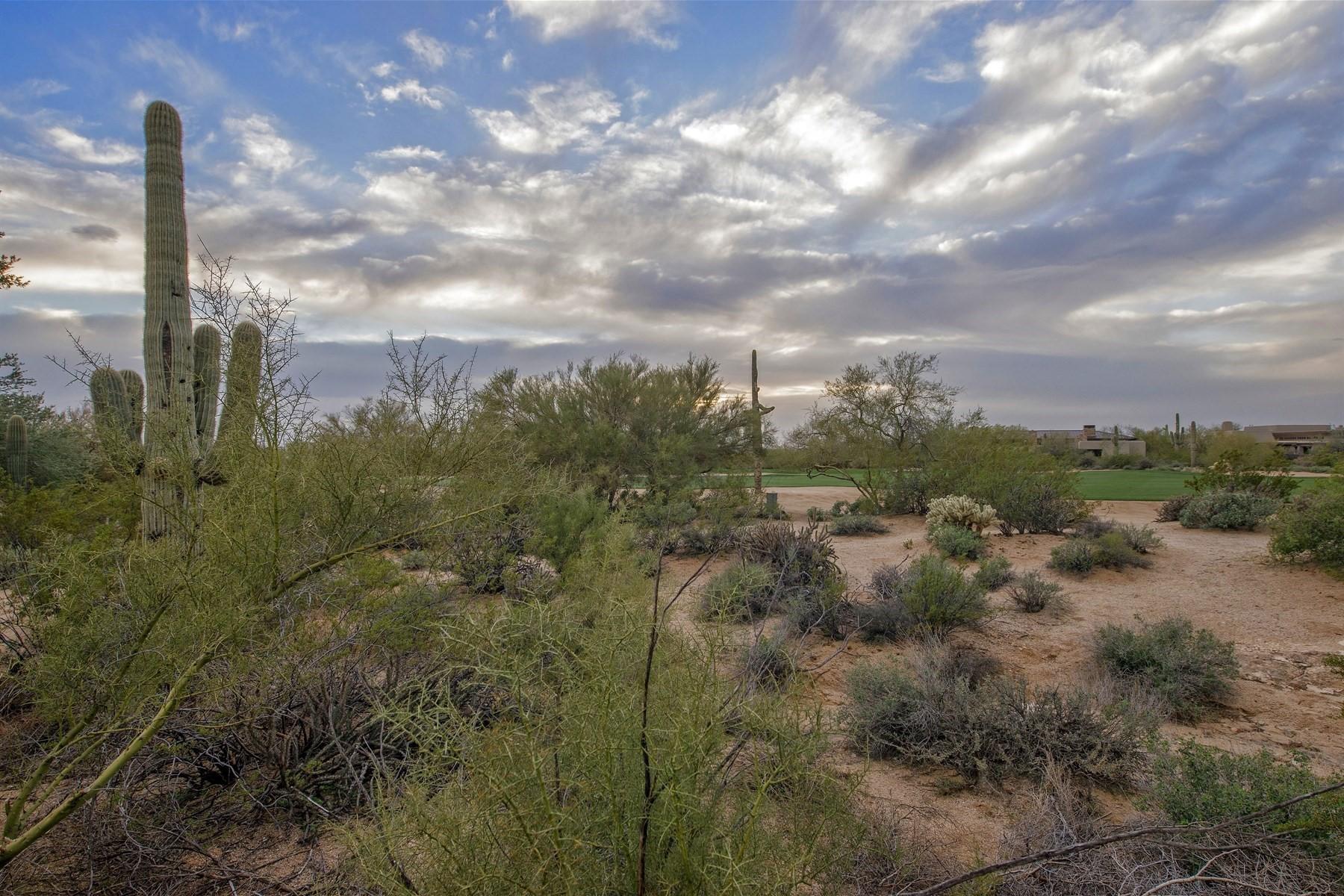 Tek Ailelik Ev için Satış at Elegant Santa Barbara Style Home 10040 E Happy Valley RD 304 Scottsdale, Arizona, 85255 Amerika Birleşik Devletleri
