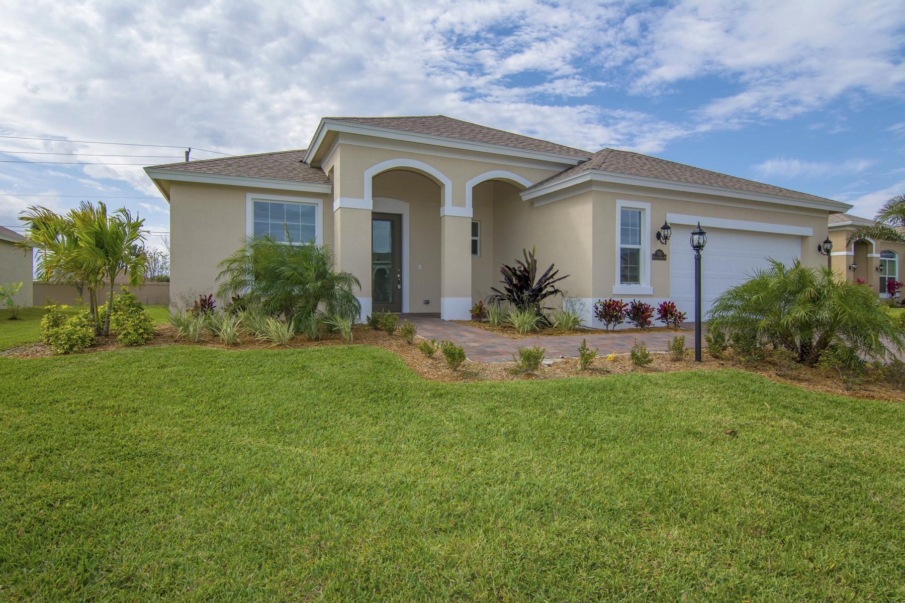 Частный односемейный дом для того Продажа на New Construction with No Wait! GHO Closeout! 733 Fortunella Circle SW, Vero Beach, Флорида, 32968 Соединенные Штаты