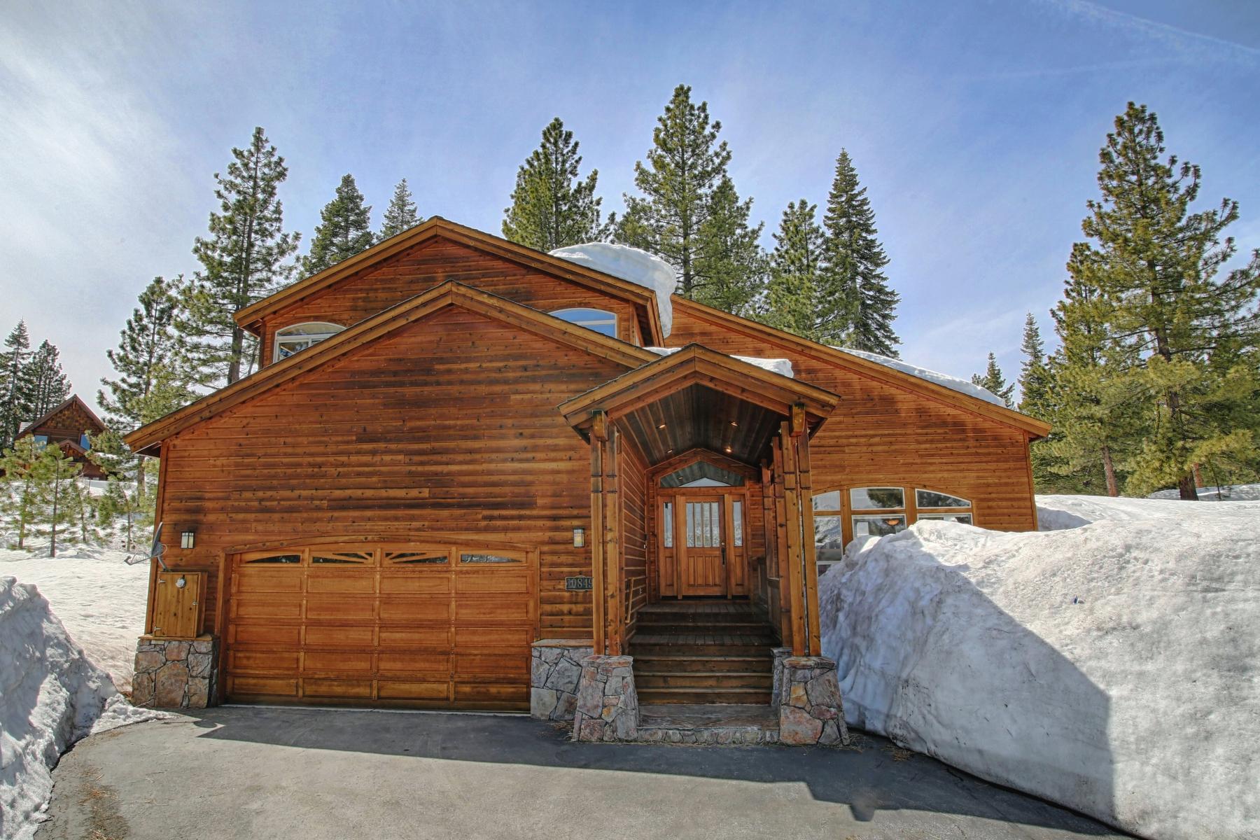 Single Family Home for Active at 10849 Mougle Lane, Truckee, California 96161 Truckee, California 96161 United States