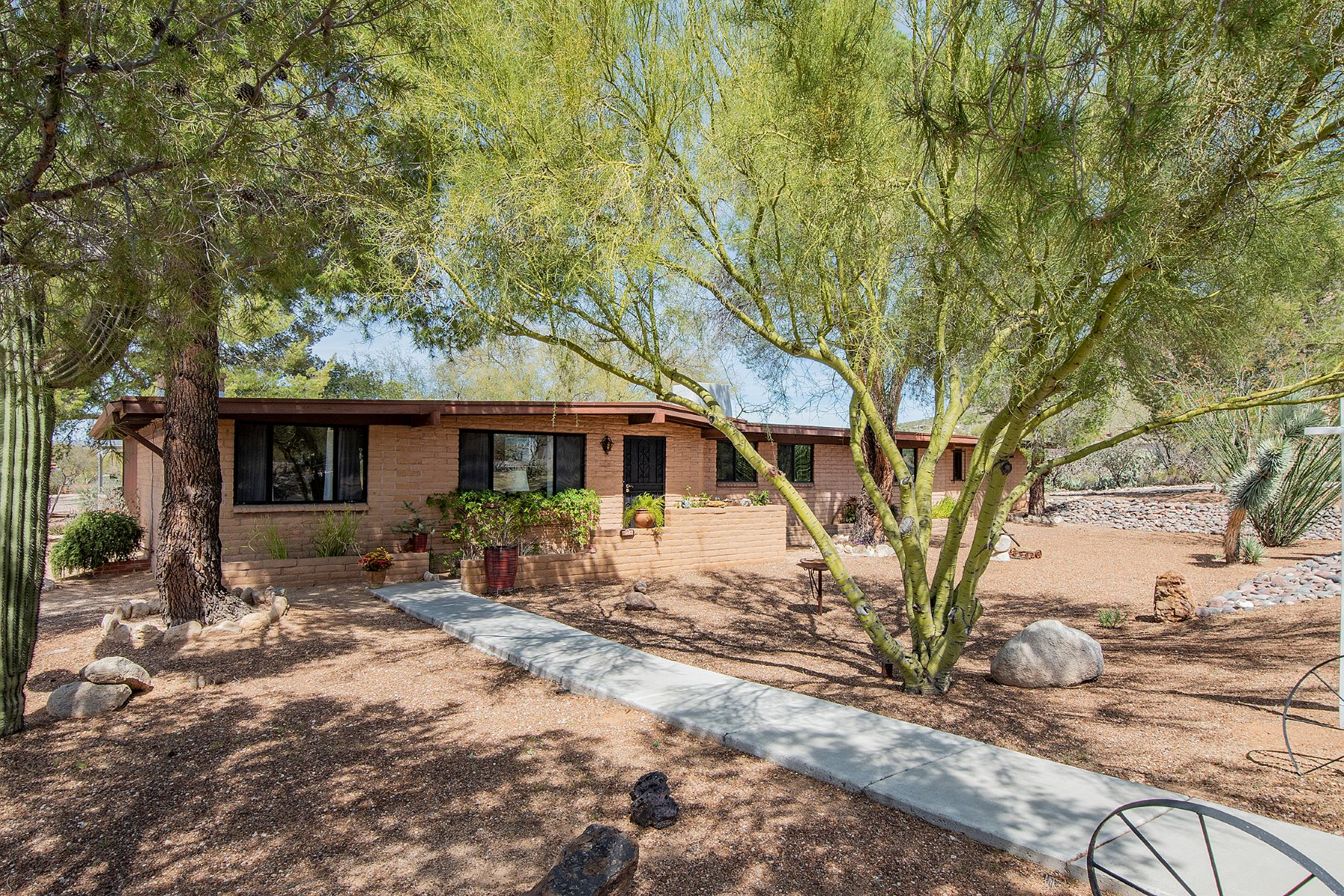 Single Family Homes για την Πώληση στο Beautifully Maintained Home 315 Mountain Vista Place, Oro Valley, Αριζονα 85704 Ηνωμένες Πολιτείες