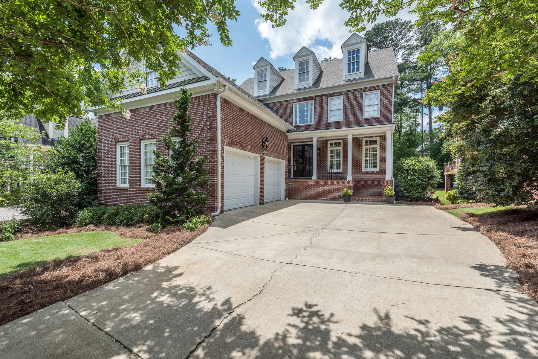 Single Family Home for Sale at Rare Opportunity On Coveted Greendale Drive Cul-de-sac 3036 Greendale Drive NW Atlanta, Georgia 30327 United States