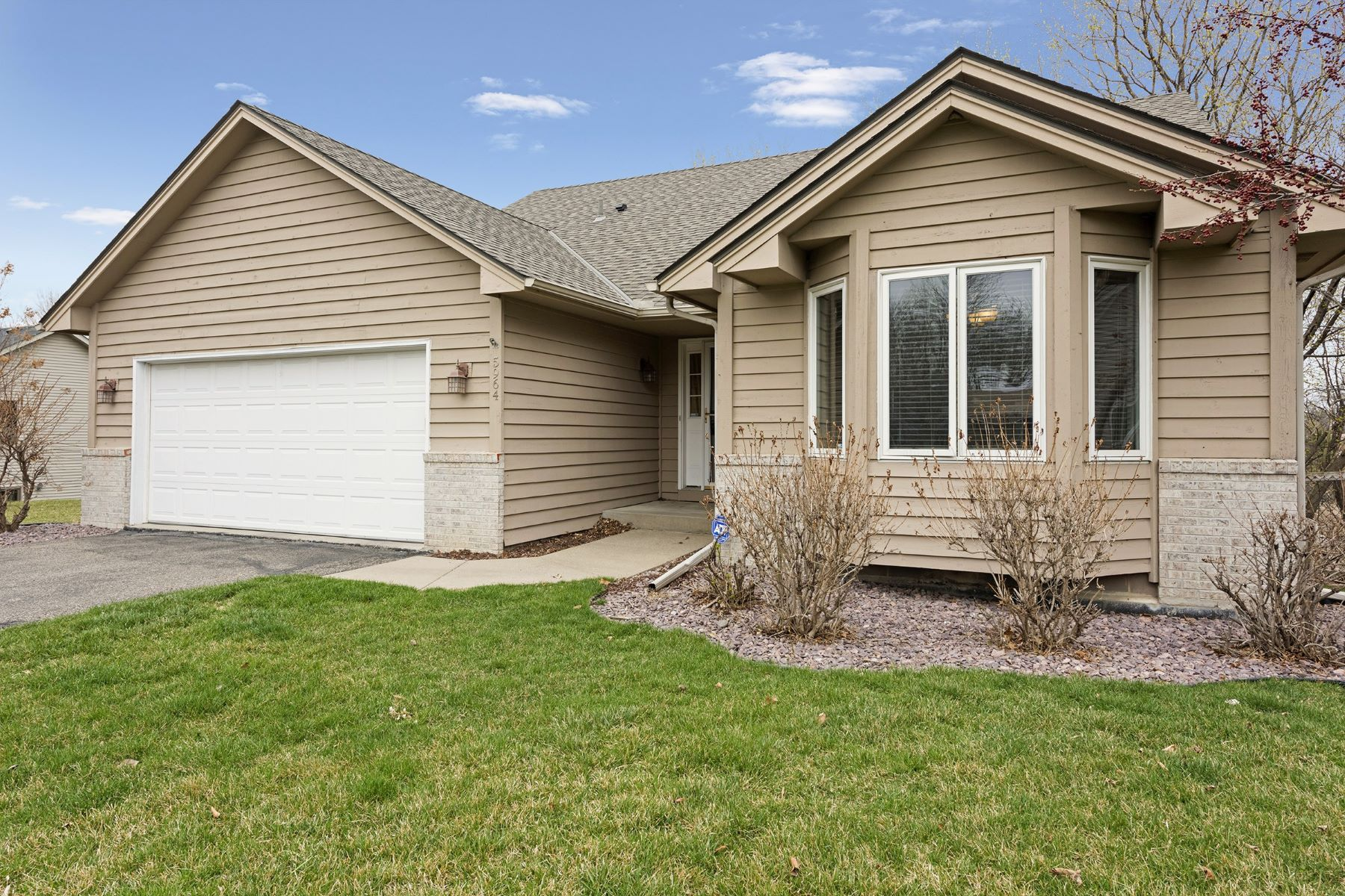 Single Family Home for Sale at 5964 W 134th Street Savage, Minnesota, 55378 United States