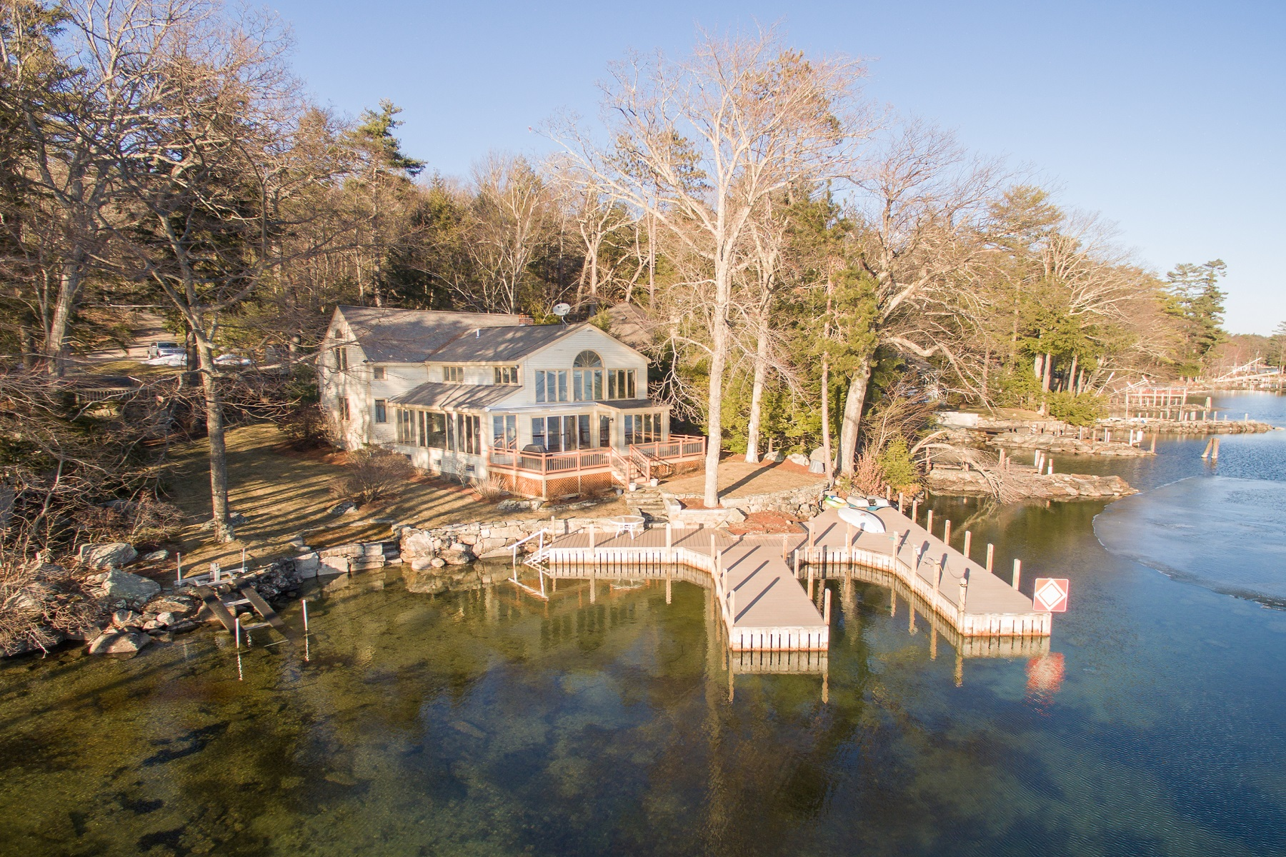Single Family Homes for Sale at Spindle Point on Lake Winnipesaukee 75 Spindle Point Road Meredith, New Hampshire 03253 United States