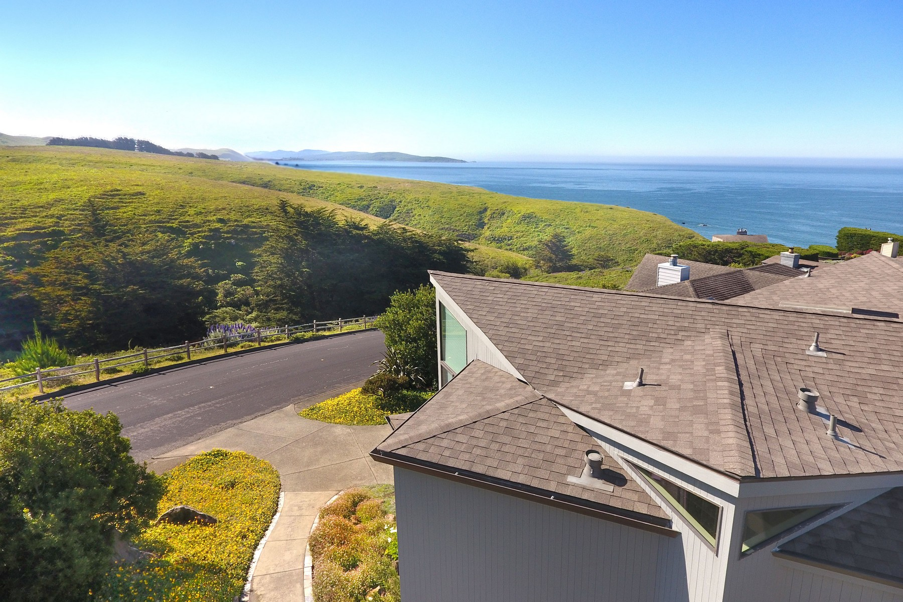Single Family Homes for Active at Compass House 20120 Oyster Catcher Loop Bodega Bay, California 94923 United States