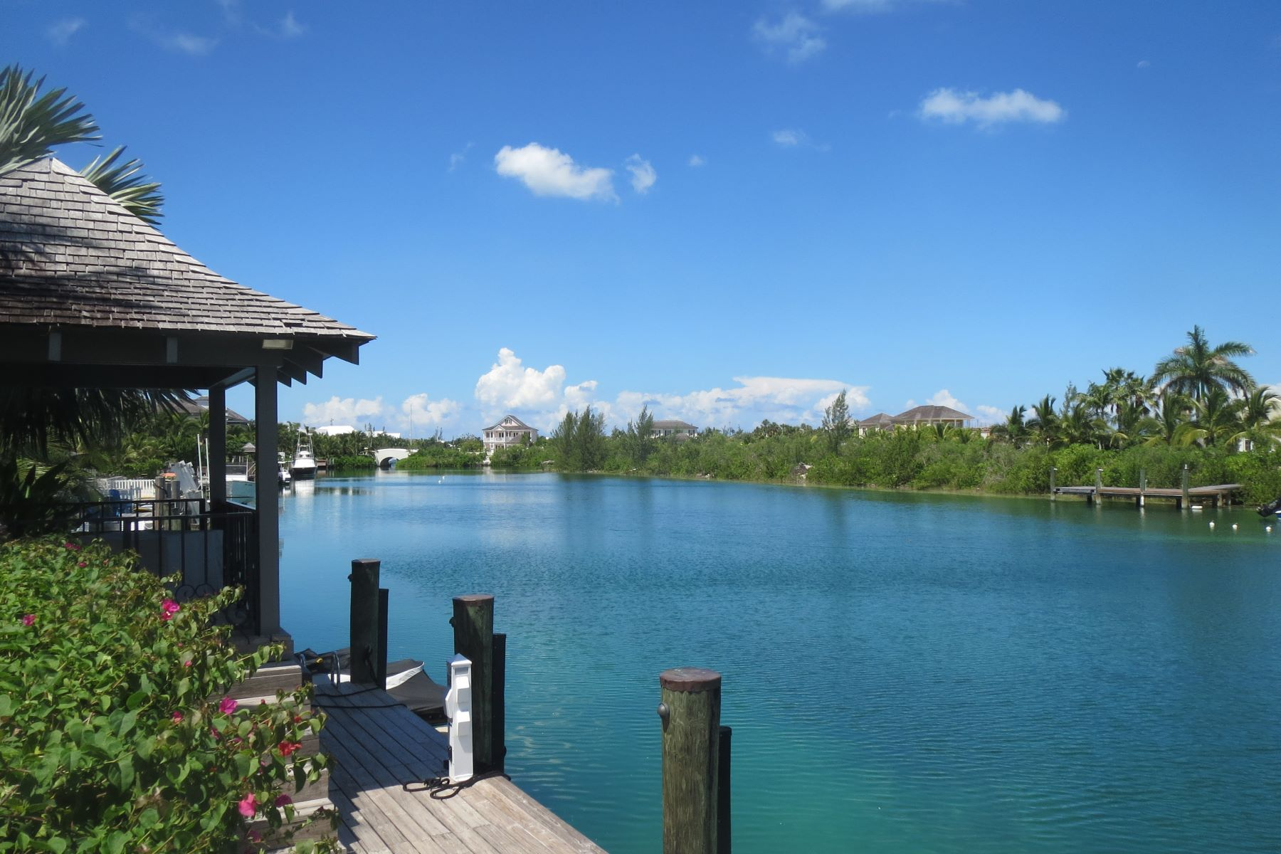 Additional photo for property listing at Charleston #2, Old Fort Bay Old Fort Bay, Nueva Providencia / Nassau Bahamas