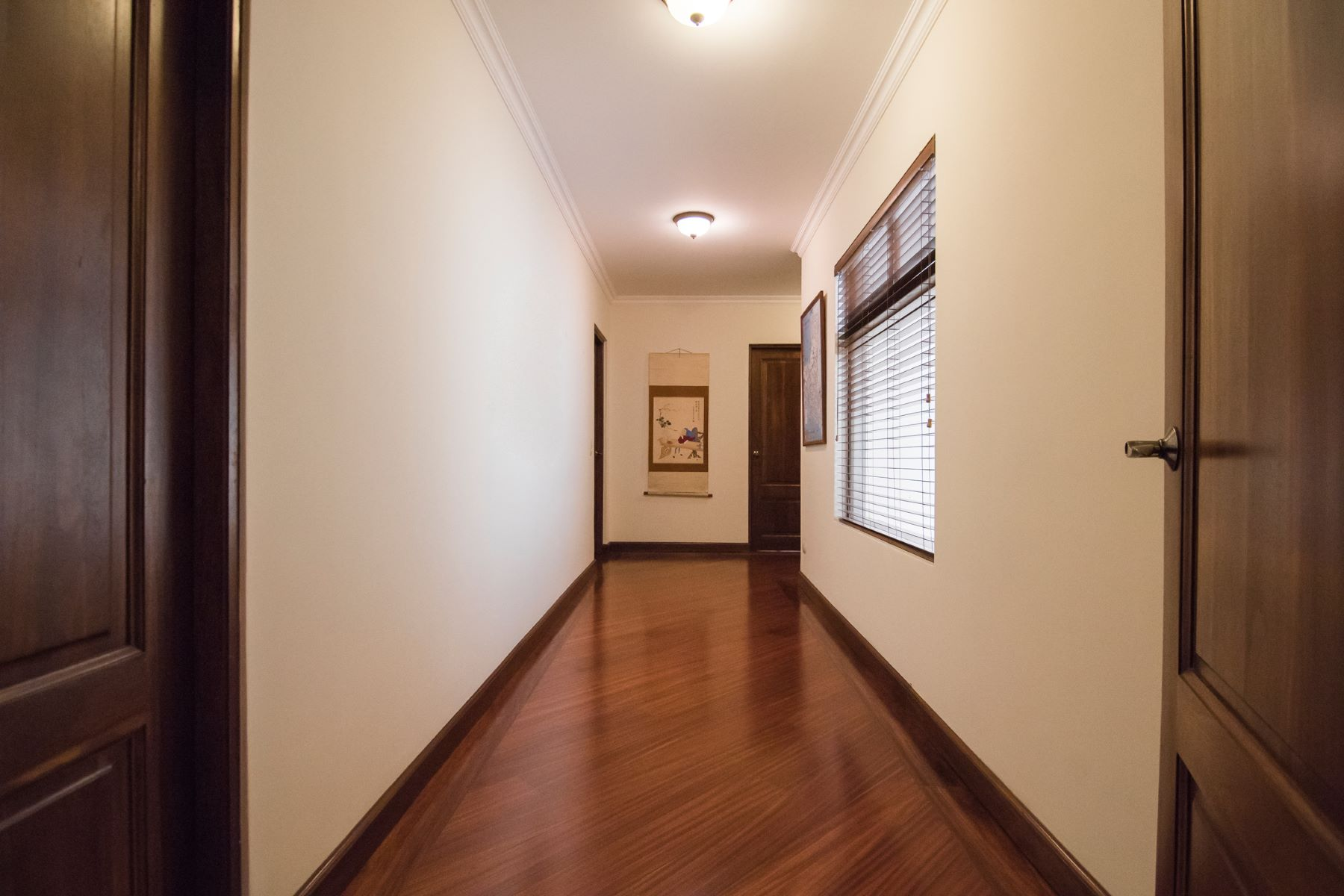 Additional photo for property listing at Condominio Torre Pinares Curridabat, San Jose Costa Rica