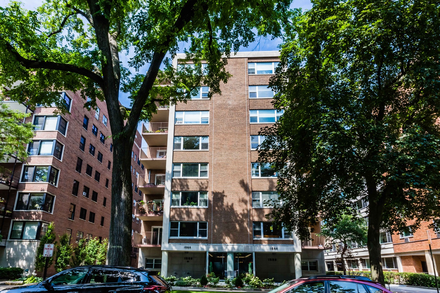 Co-op for Sale at Two Bedroom Condo 1508 Hinman Avenue Unit 5B, Evanston, Illinois, 60201 United States