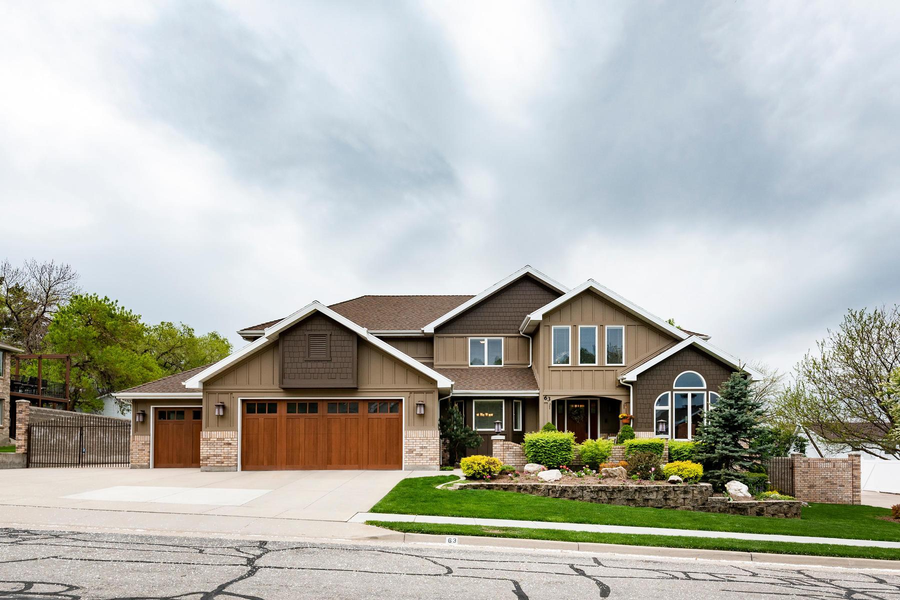 Single Family Homes för Försäljning vid Custom Home on Private Oasis 63 West 1750 North, Centerville, Utah 84014 Förenta staterna