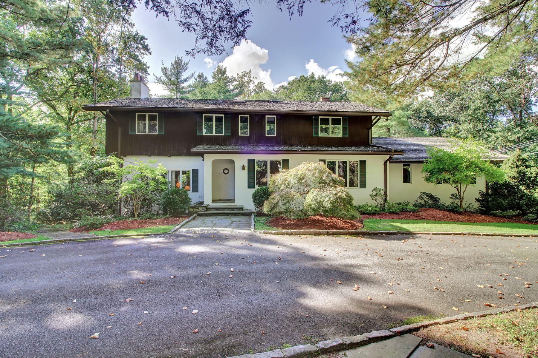 واحد منزل الأسرة للـ Sale في Alpine's Most Desirable Street 59 Robin Lane, Alpine, New Jersey, 07620 United States