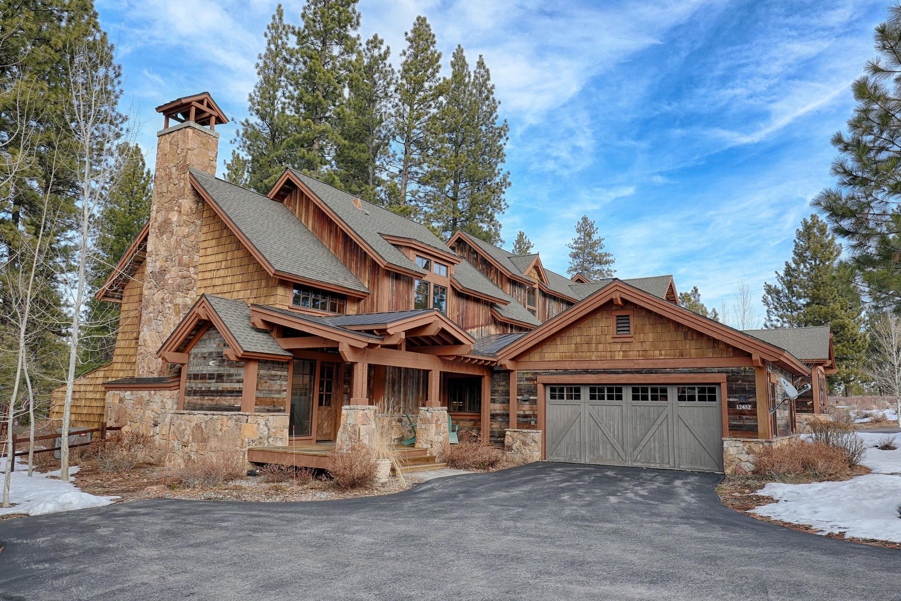 townhouses for Active at 12452 Villa Court Truckee CA 96161 12452 Villa Court # 5 Truckee, California 96161 United States