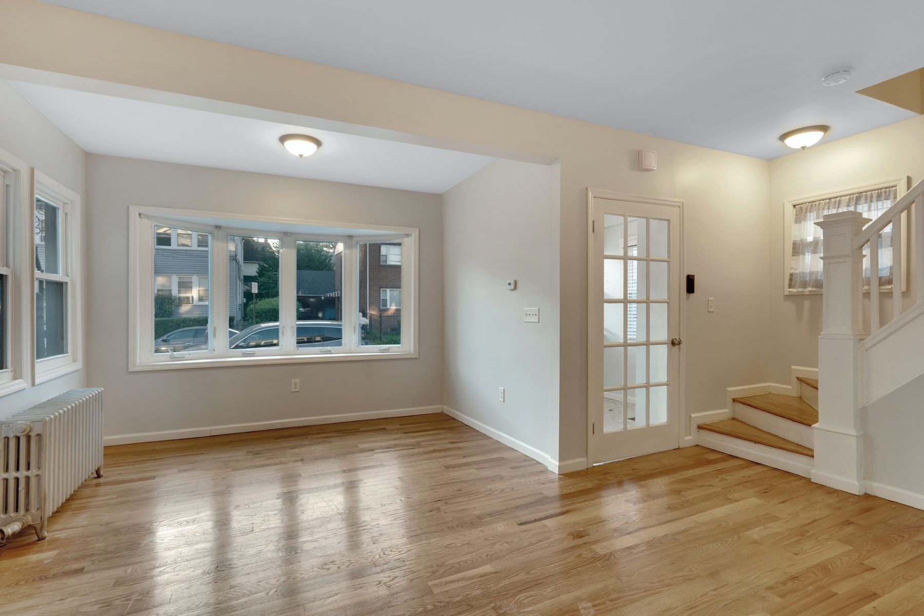 Single Family Homes for Active at Adorable bungalow home close to public transportation and shops 256 West End Ave Newark, New Jersey 07106 United States
