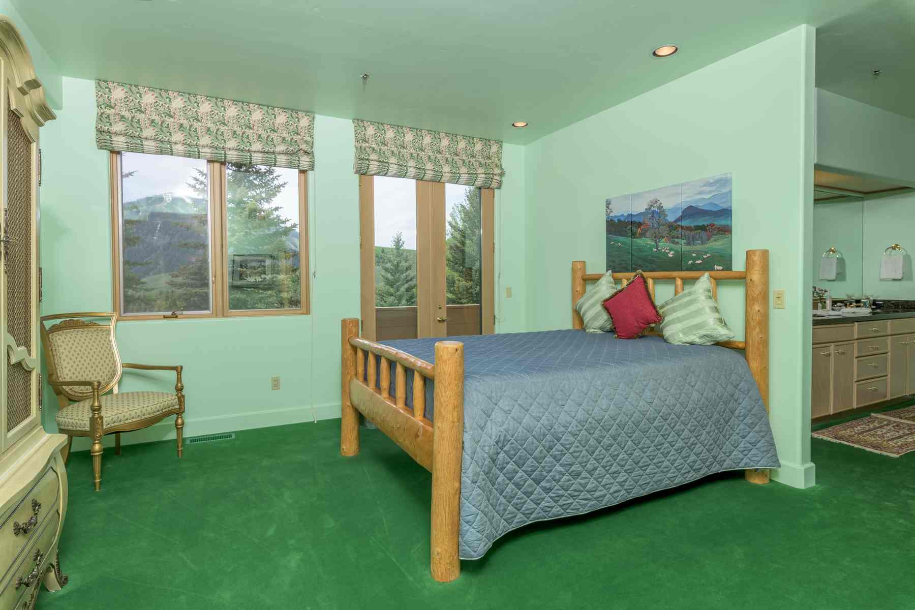 Additional photo for property listing at Spectacular Elevated Setting 455 N. Bigwood Drive Ketchum, Idaho 83340 États-Unis