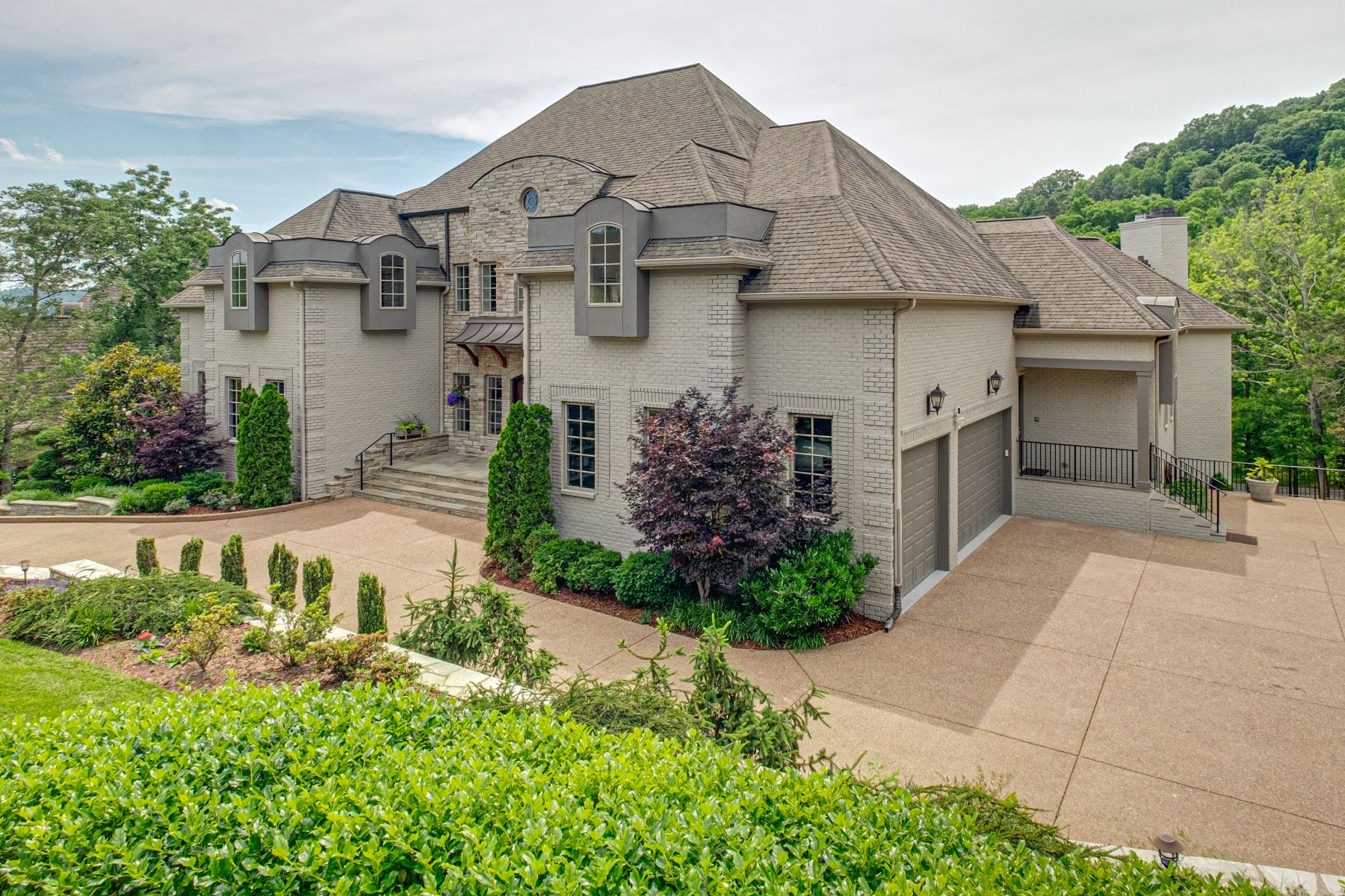 single family homes for Sale at Luxury Home in Popular Nashville Area! 1415 Richland Woods Lane, Lot 11 Brentwood, Tennessee 37027 United States