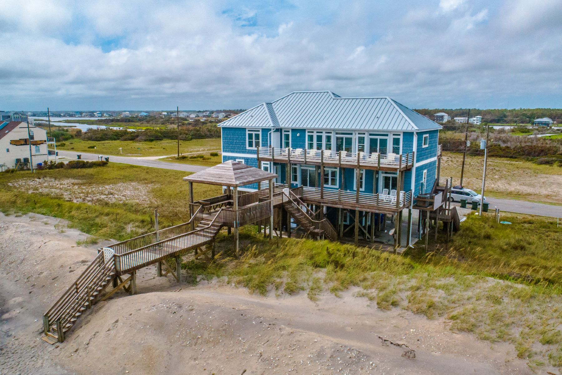 Single Family Homes for Active at Custom Oceanfront Beach Home 1504 New River Inlet Road N Topsail Beach, North Carolina 28460 United States