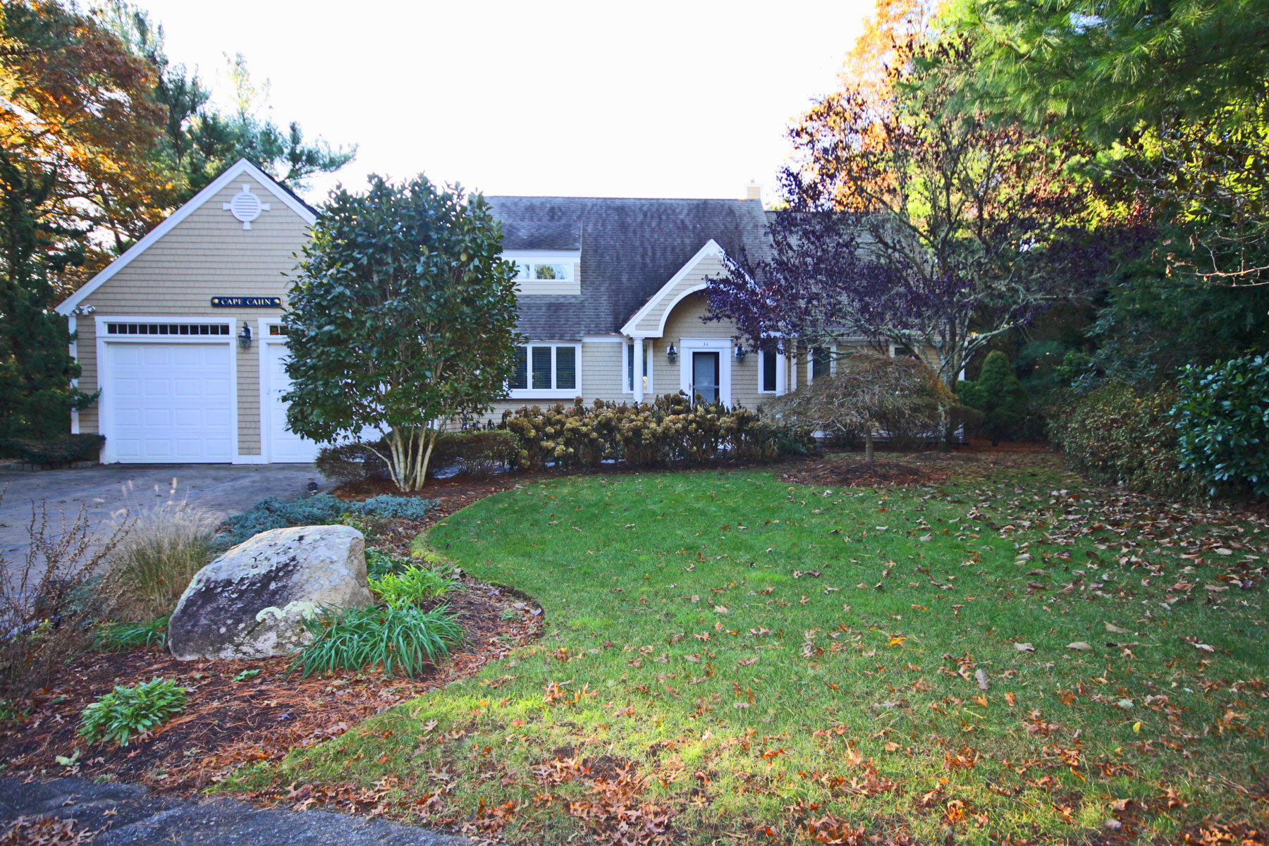 Single Family Home for Sale at PRISTINE CONTEMPORARY HOME 34 Periwinkle Lane, New Seabury, Massachusetts, 02649 United States