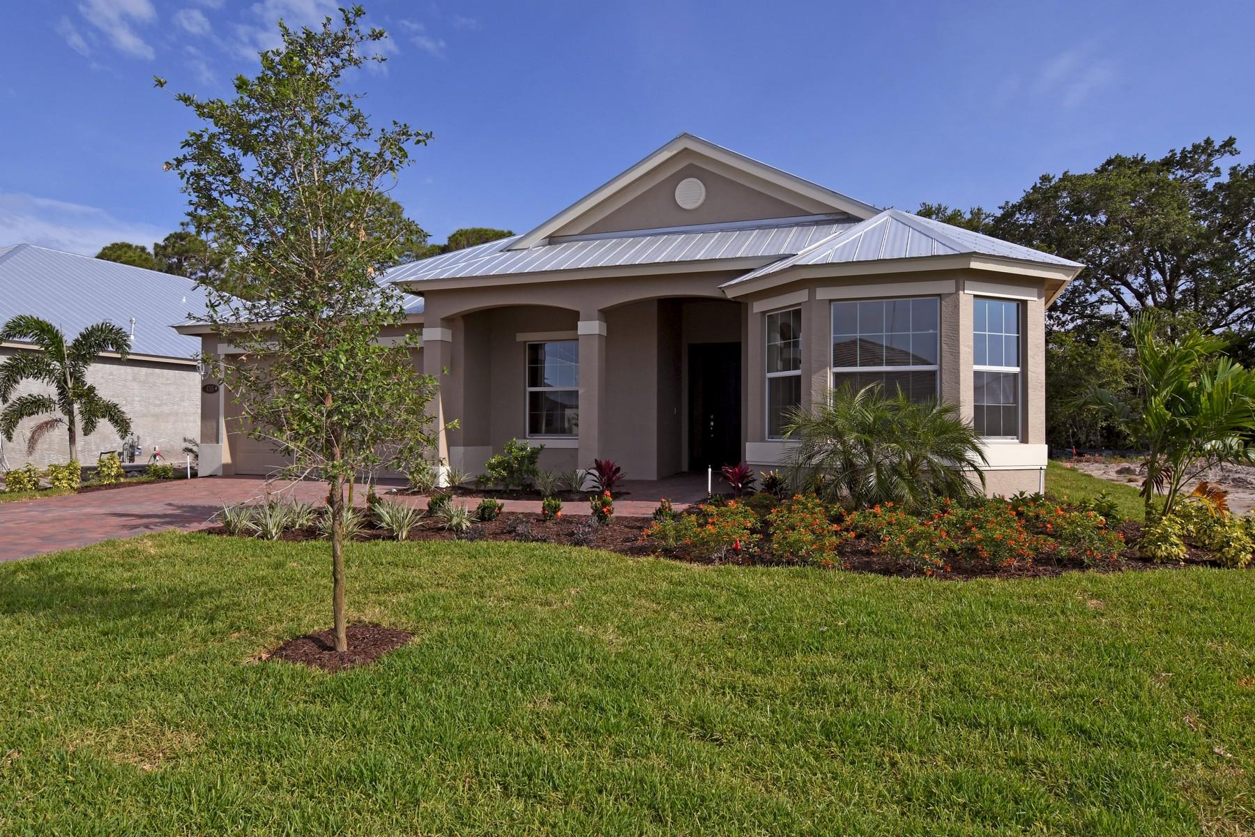 Maison unifamiliale pour l Vente à Brand New Construction Without the Wait 435 11th Square SW Vero Beach, Florida, 32962 États-Unis