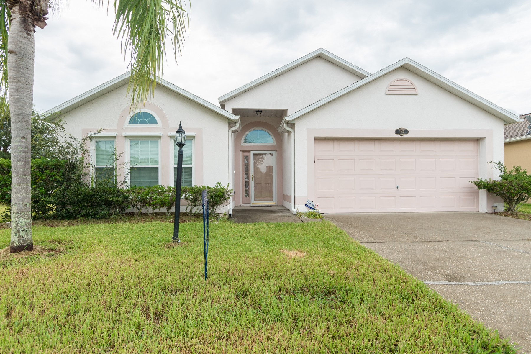 Single Family Home for Sale at 1167 White Oak Circle Melbourne, Florida, 32934 United States