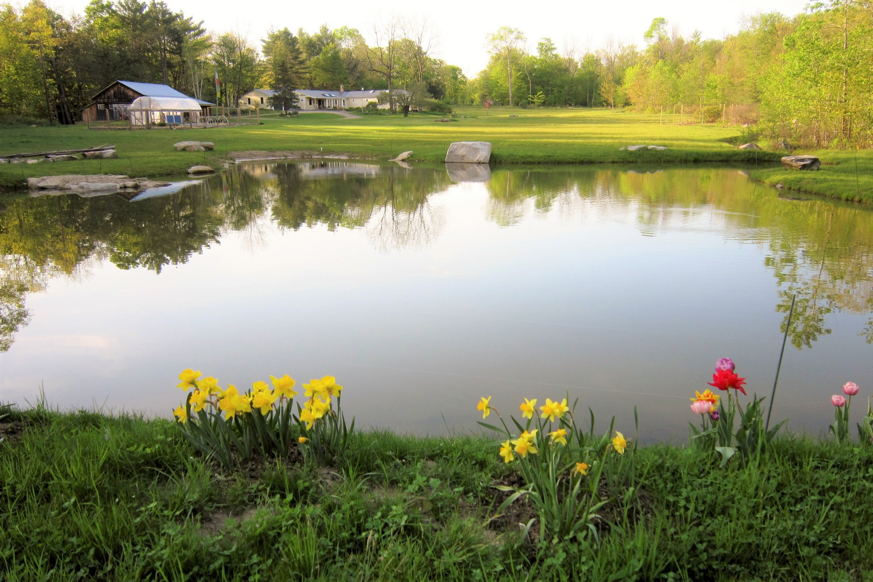 single family homes for Sale at 1162 Lovers Lane Road, Chester 1162 Lovers Lane Rd Chester, Vermont 05143 United States