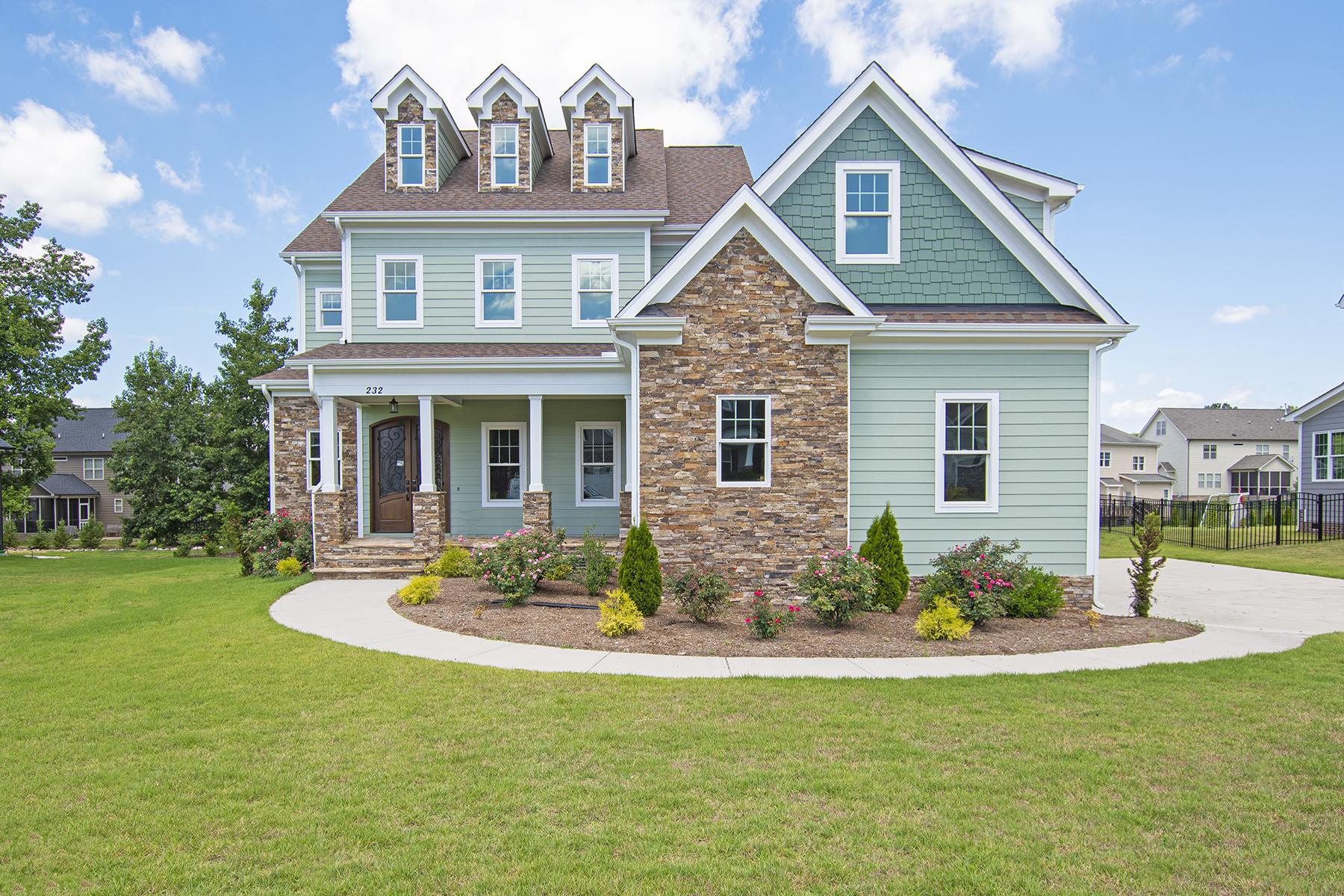 Single Family Homes vì Bán tại 232 Character Drive - Averette Ridge Rolesville, Bắc Carolina 27571 Hoa Kỳ