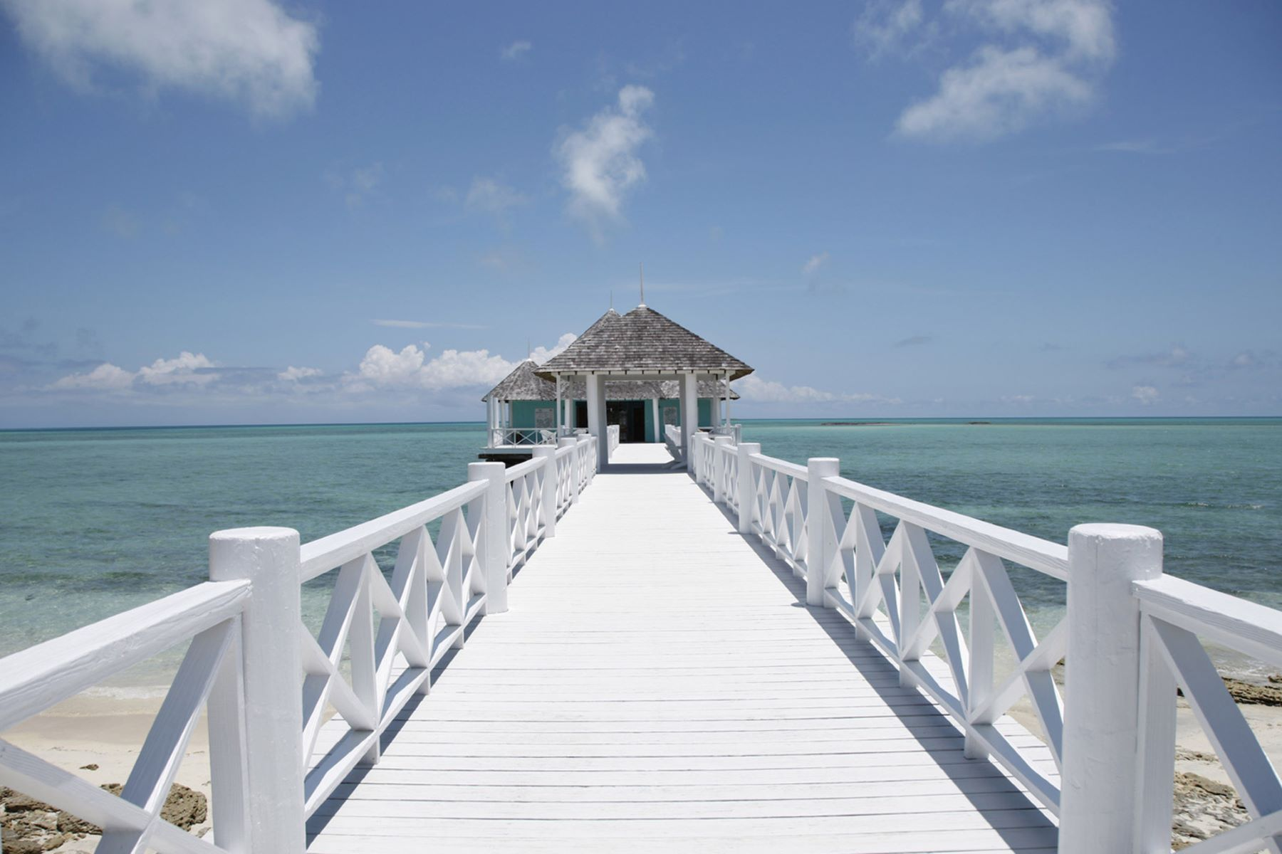 Additional photo for property listing at Driftwood House on Kamalame Cay Andros, Andros Bahamas