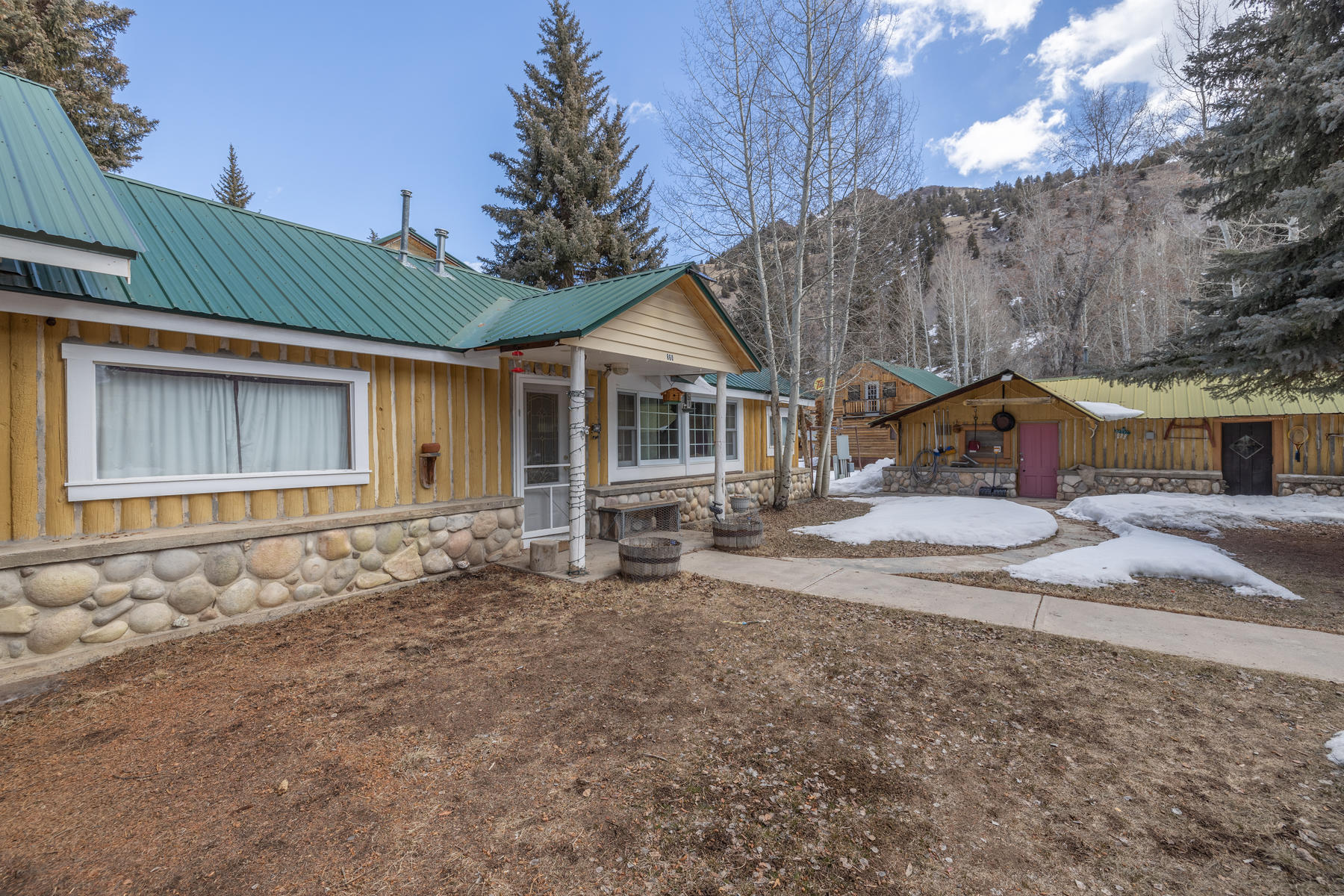 Single Family Homes for Active at Cute Home on Texan Resort Estate 860 Hinsdale County RD 142 #39 Lake City, Colorado 81235 United States