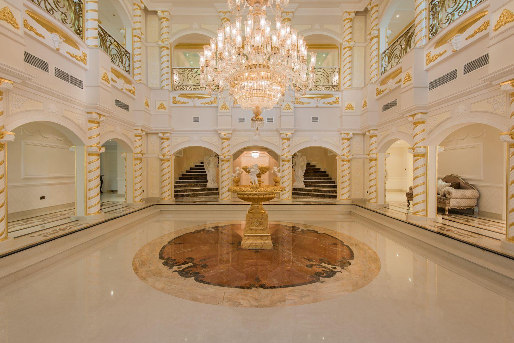 Single Family Home for Sale at Beautiful Luxurious Villa in Emirates Hills Emirates Hills, Dubai, Dubai United Arab Emirates