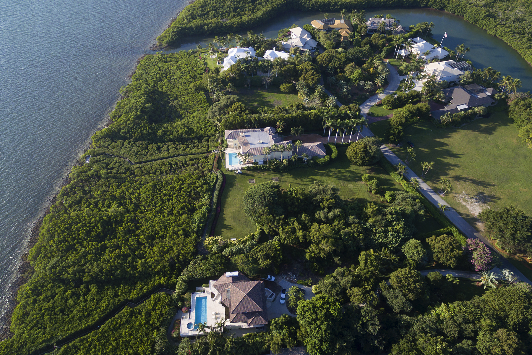 Additional photo for property listing at Ocean Front Lot at Ocean Reef 3 Osprey Lane Key Largo, Florida 33037 États-Unis