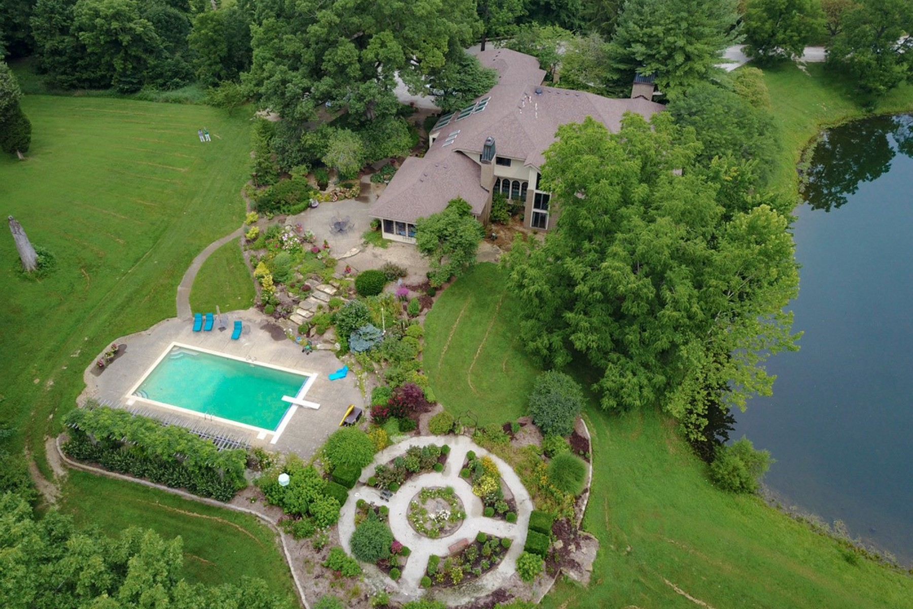 Single Family Homes for Active at Scenic 60 Acre Equestrian Estate 2225 E Maple Turn Road Martinsville, Indiana 46151 United States