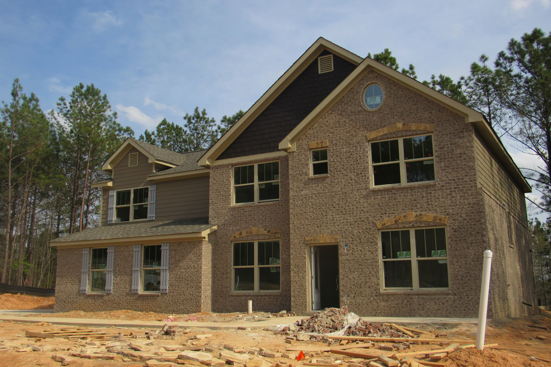 Nhà ở một gia đình vì Bán tại GATED GOLF COURSE NEW CONSTRUCTION 2935 CENTENNIAL DRIVE NE Conyers, Georgia, 30013 Hoa Kỳ