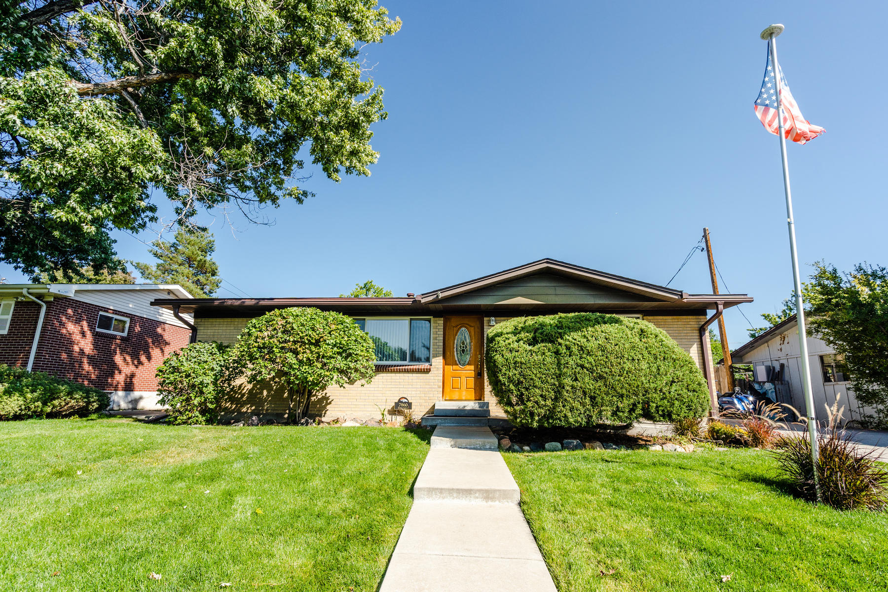 Single Family Homes for Sale at WOW factor! 7860 Julian St Westminster, Colorado 80030 United States