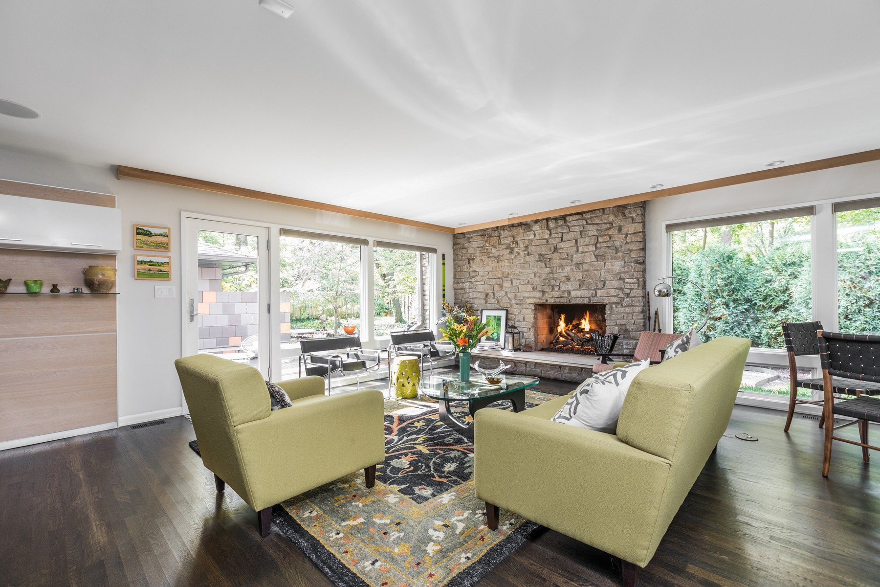 Additional photo for property listing at Mid-Century Luxury 7020 North Delaware Street, 印第安纳波利斯, 印第安纳州 46220 美国