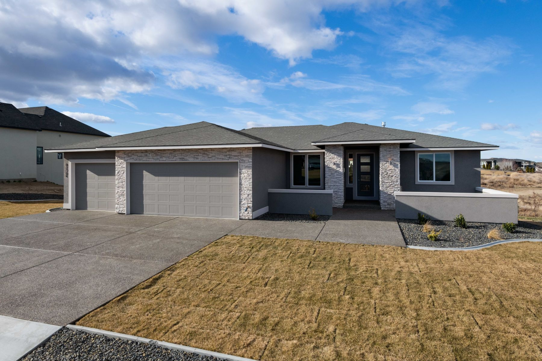Single Family Homes for Sale at Brand New with a View 82704 E Summit View Drive Kennewick, Washington 99338 United States