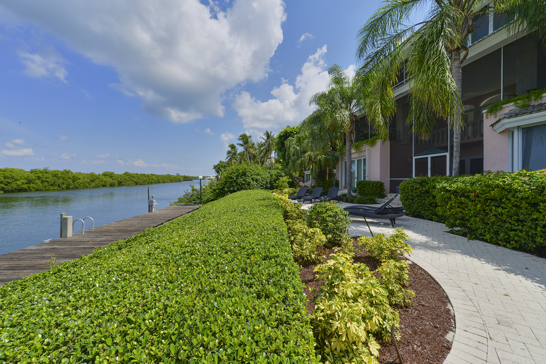 Single Family Homes for Sale at 30 Cardinal Lane, #0, Key Largo, FL 30 Cardinal Lane Key Largo, Florida 33037 United States
