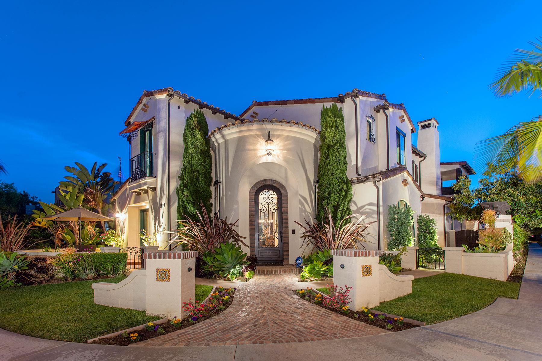 Частный односемейный дом для того Продажа на 1119 Pine 1119 Pine Huntington Beach, Калифорния 92648 Соединенные Штаты