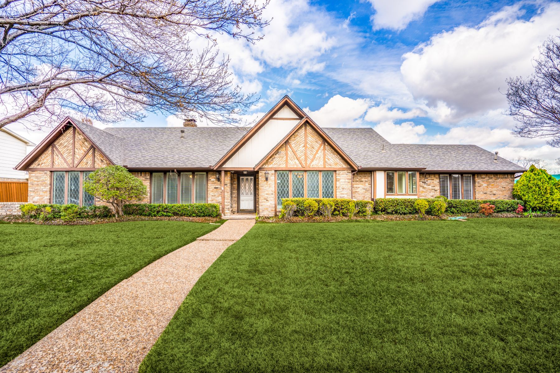Single Family Homes für Verkauf beim Plano, Texas 75023 Vereinigte Staaten