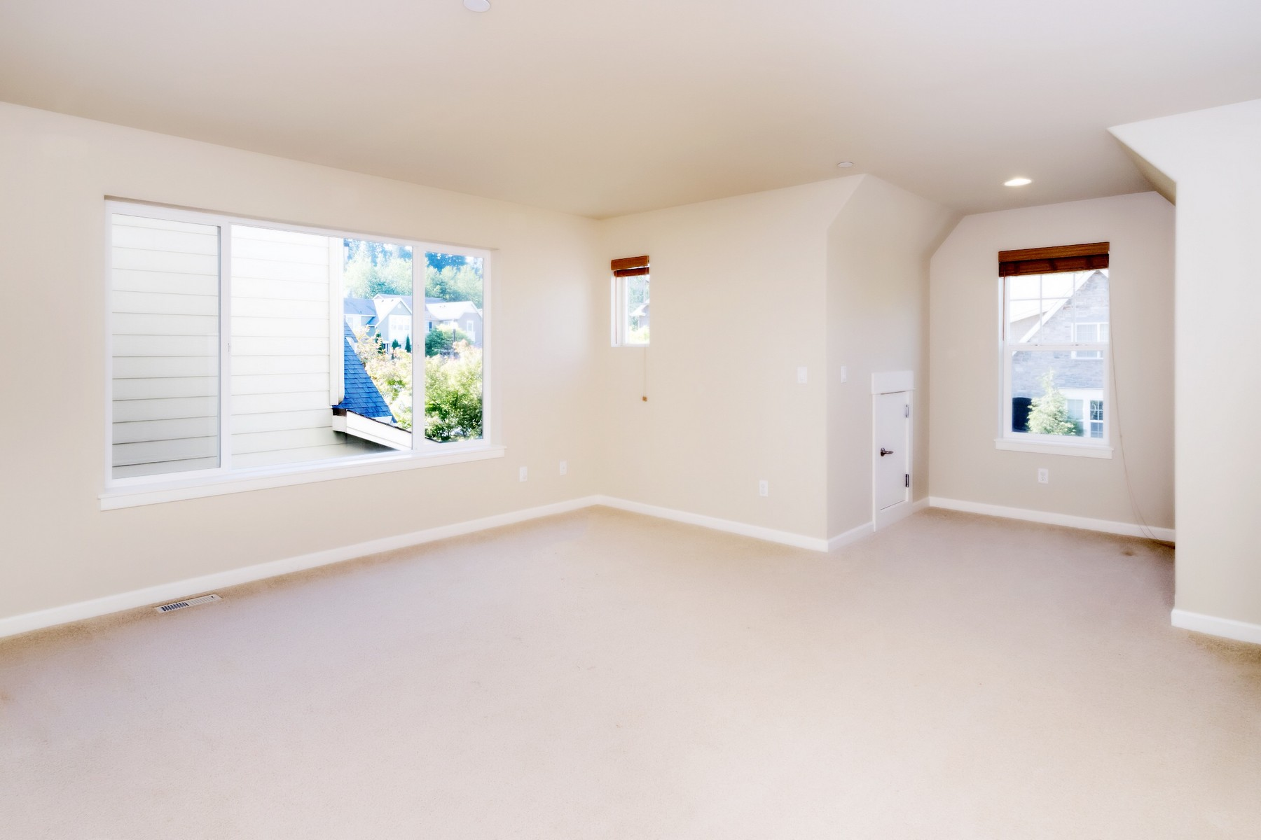 Additional photo for property listing at NW Contemporary on Education Hill 18101 NE 110th Wy 雷德蒙, 华盛顿州 98052 美国