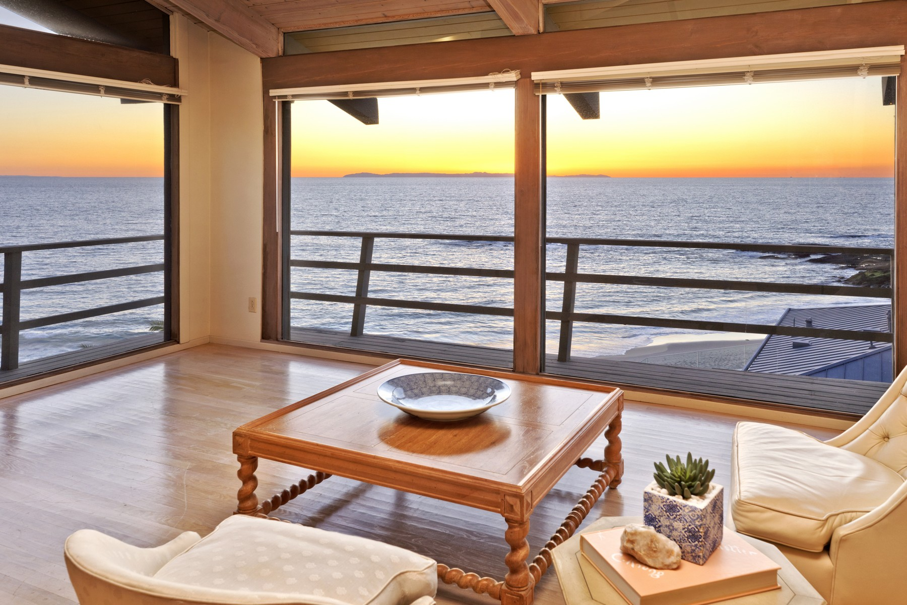 Single Family Home for Sale at 12 Lagunita Drive Laguna Beach, California, 92651 United States
