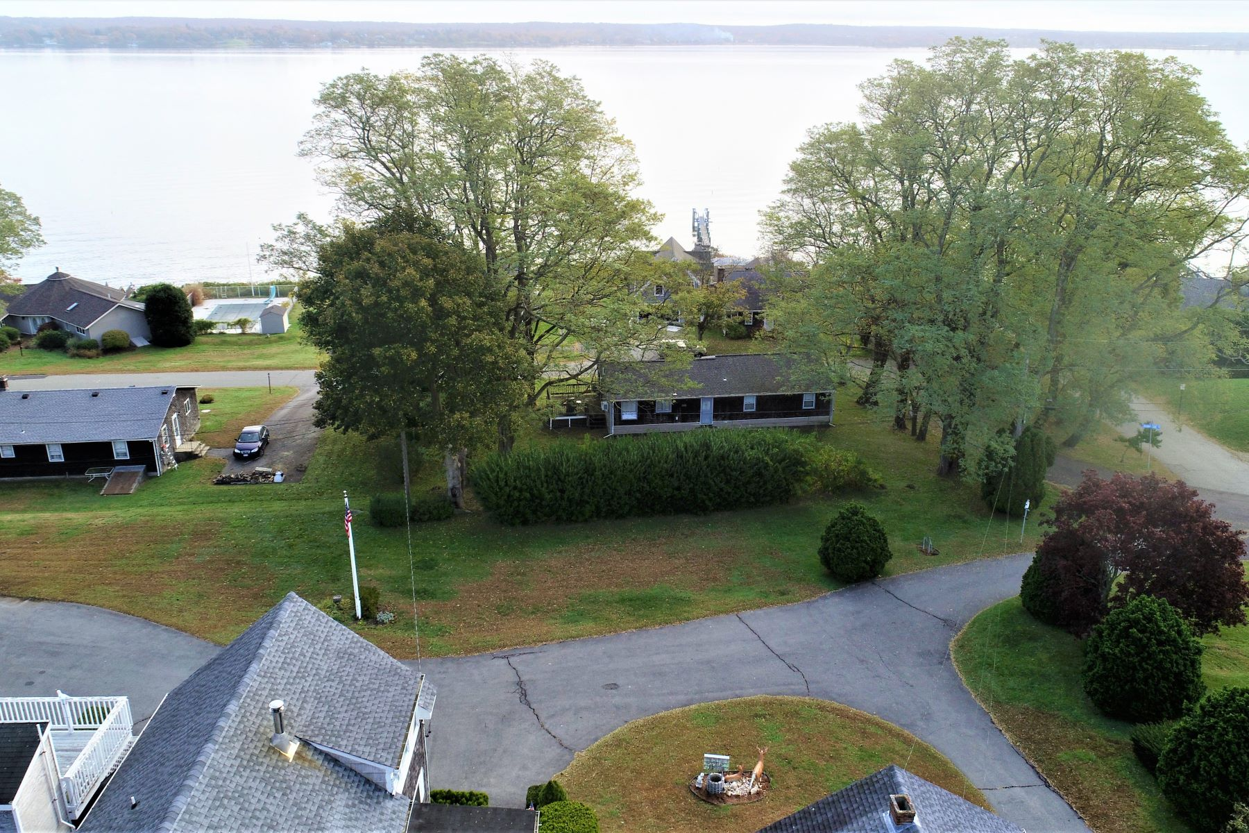 Additional photo for property listing at Sakonnet View Opportunity 150 Power Street Portsmouth, Rhode Island 02871 United States