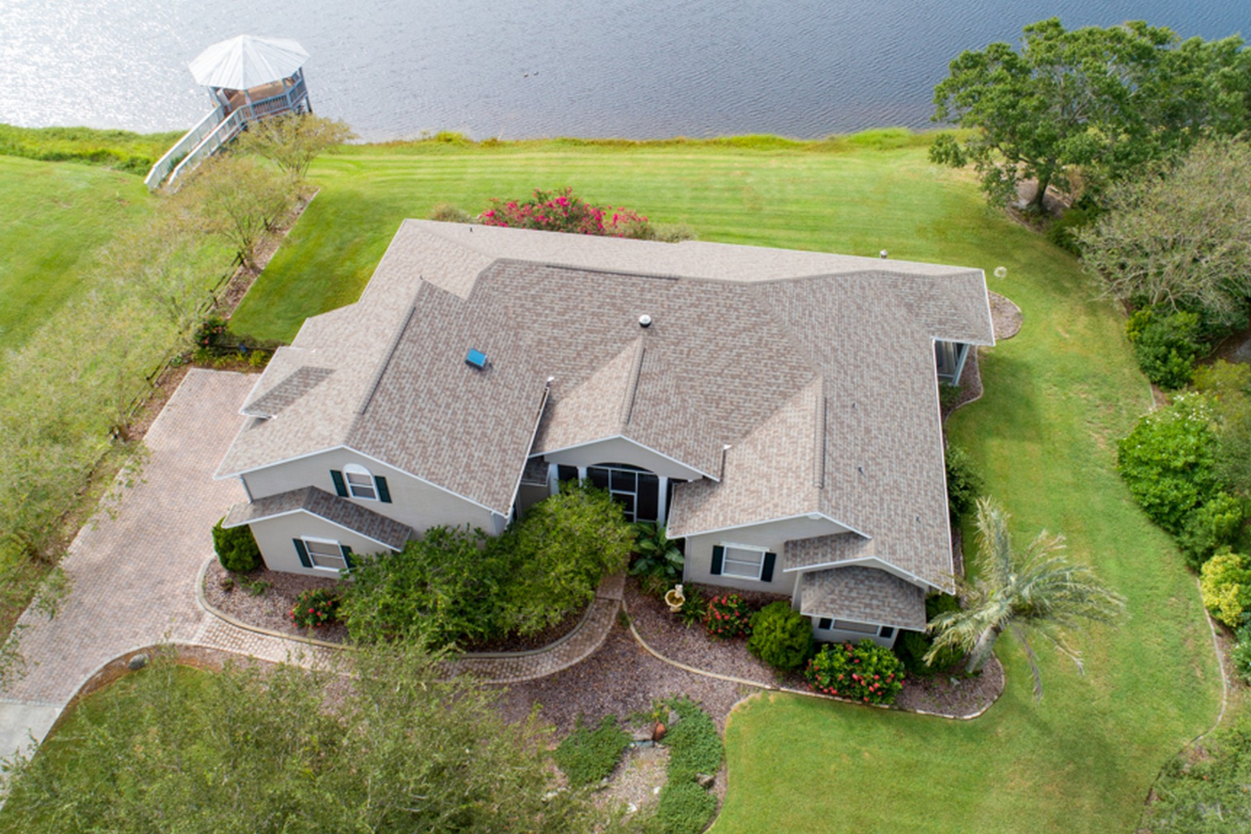 Single Family Home for Sale at Beautiful Custom Home With Fantastic Lake Views 730 N Fischer Circle Sebastian, Florida 32958 United States