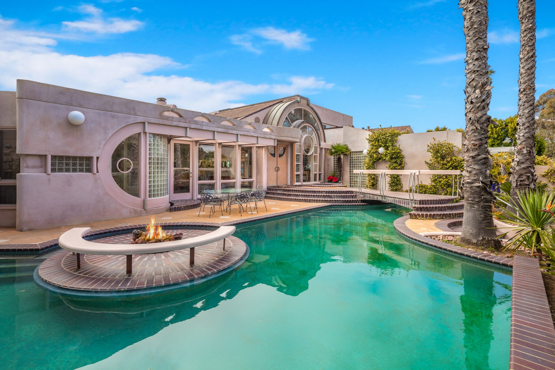 Single Family Home for Active at 7191 Encelia Drive La Jolla, California 92037 United States
