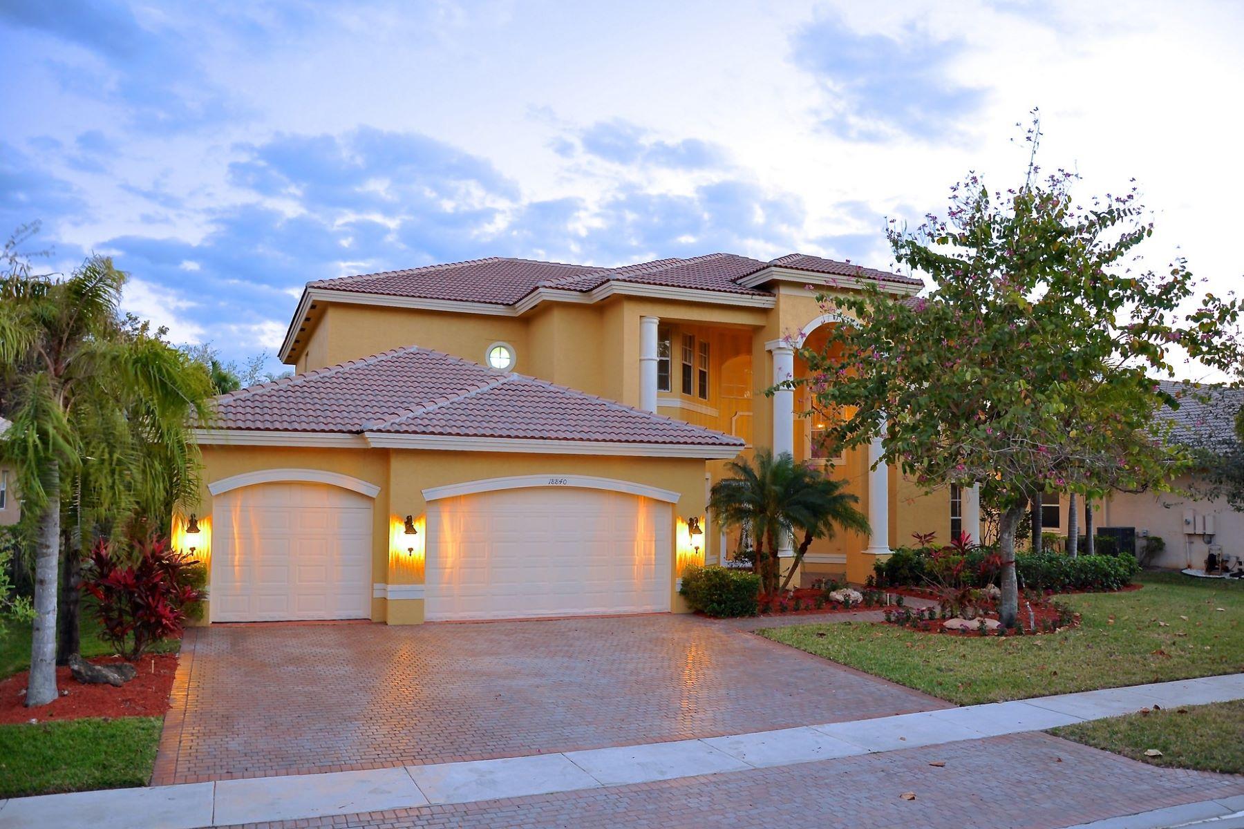 Maison unifamiliale pour l Vente à 18840 SW 41 ST. 18840 Sw. 41 Street Miramar, Florida, 33029 États-Unis