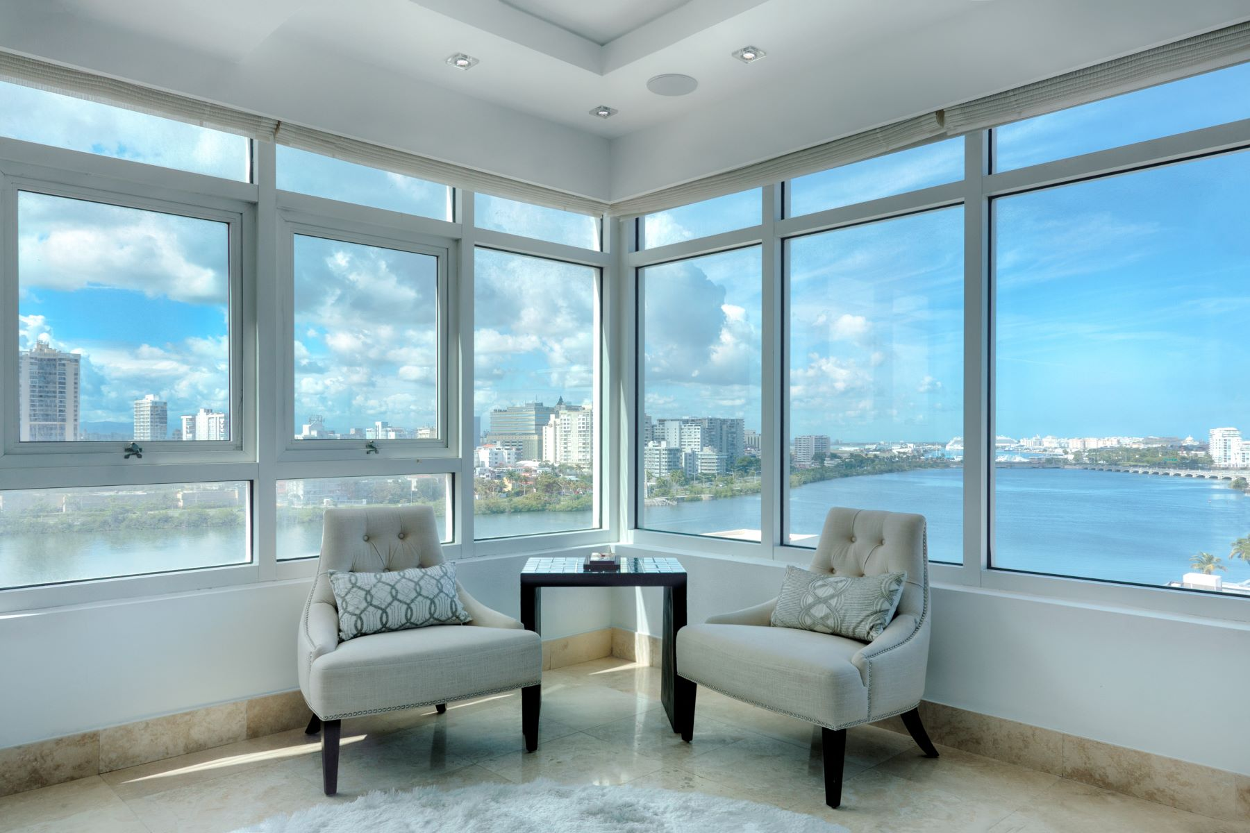 Additional photo for property listing at Lavish Seaside Residence at The Bristol 1052 Ashford Ave. Apt. 10-C San Juan, 00907 Puerto Rico