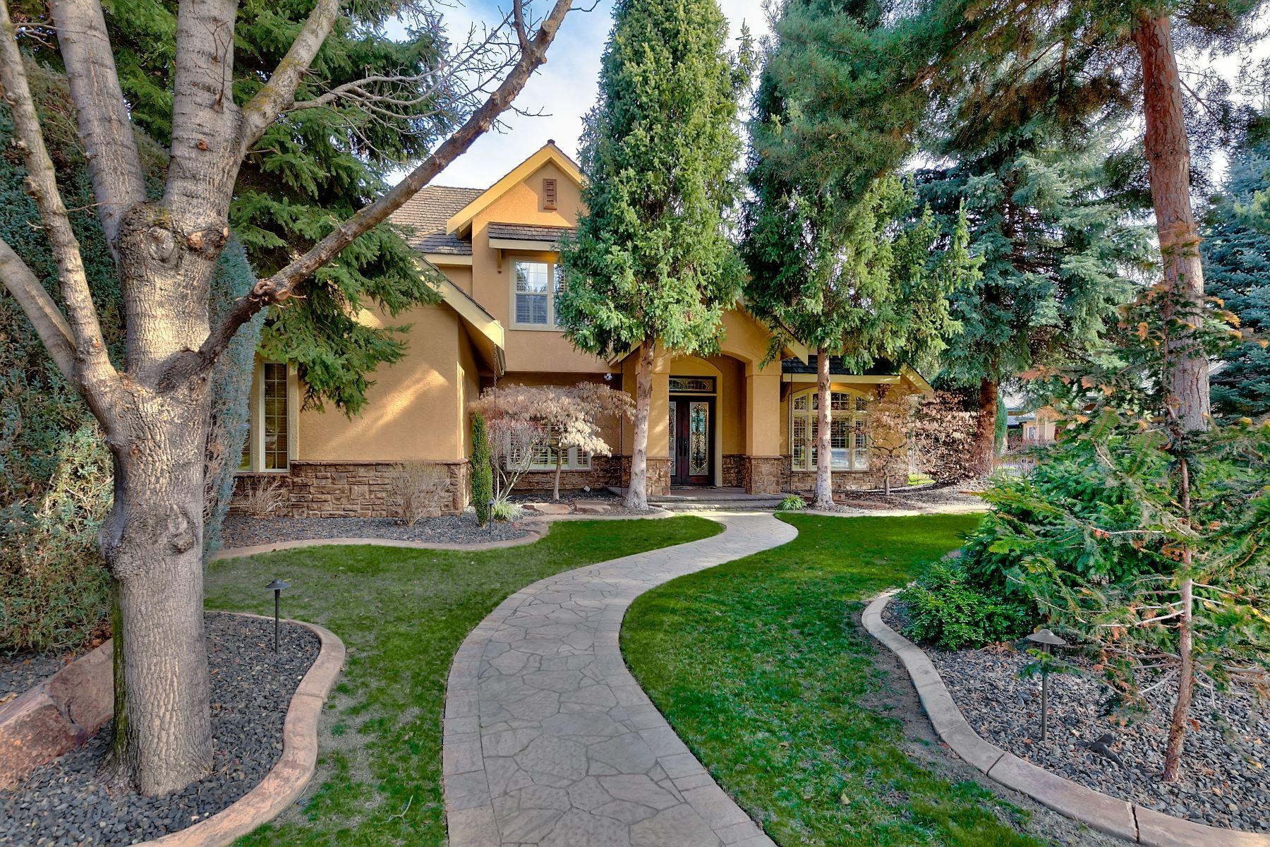 Single Family Homes für Verkauf beim Garden City, Idaho 83714 Vereinigte Staaten