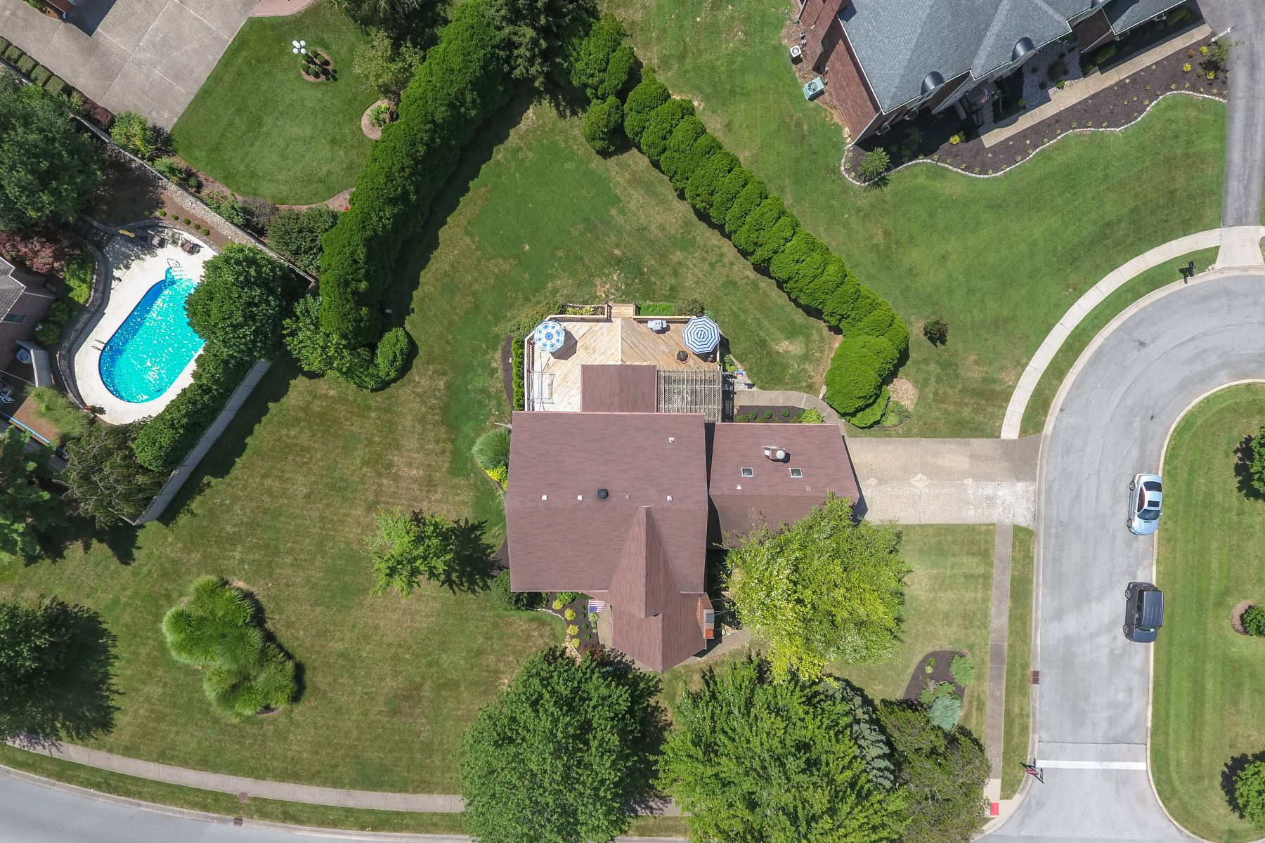 Additional photo for property listing at 1016 Colonel Anderson Parkway  Louisville, Kentucky 40222 United States