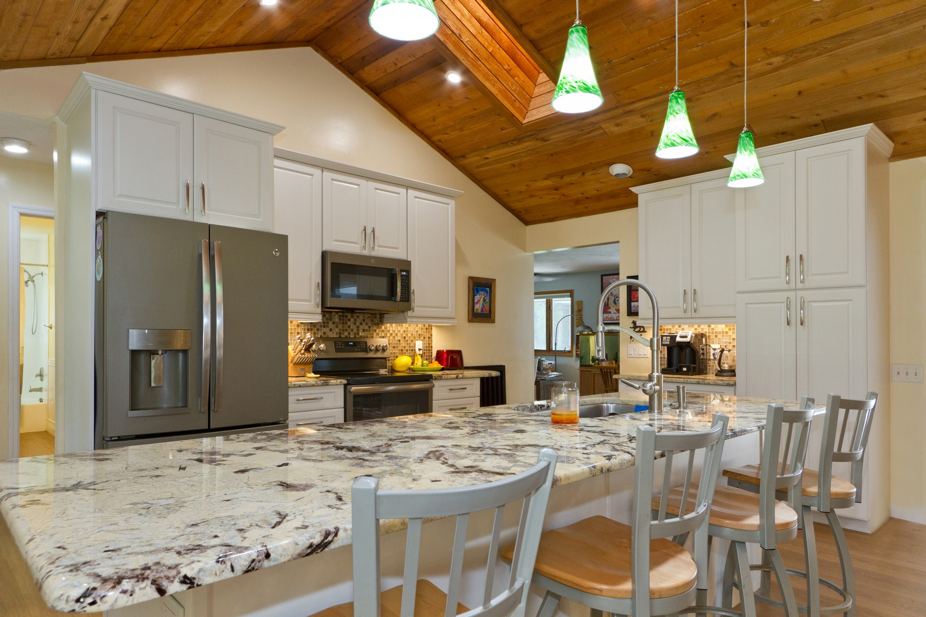 Single Family Home for Sale at Country Charm on a Wooded Acre so Bring Your Toys and Enjoy the Space! 7411 16th Manor Vero Beach, Florida 32966 United States